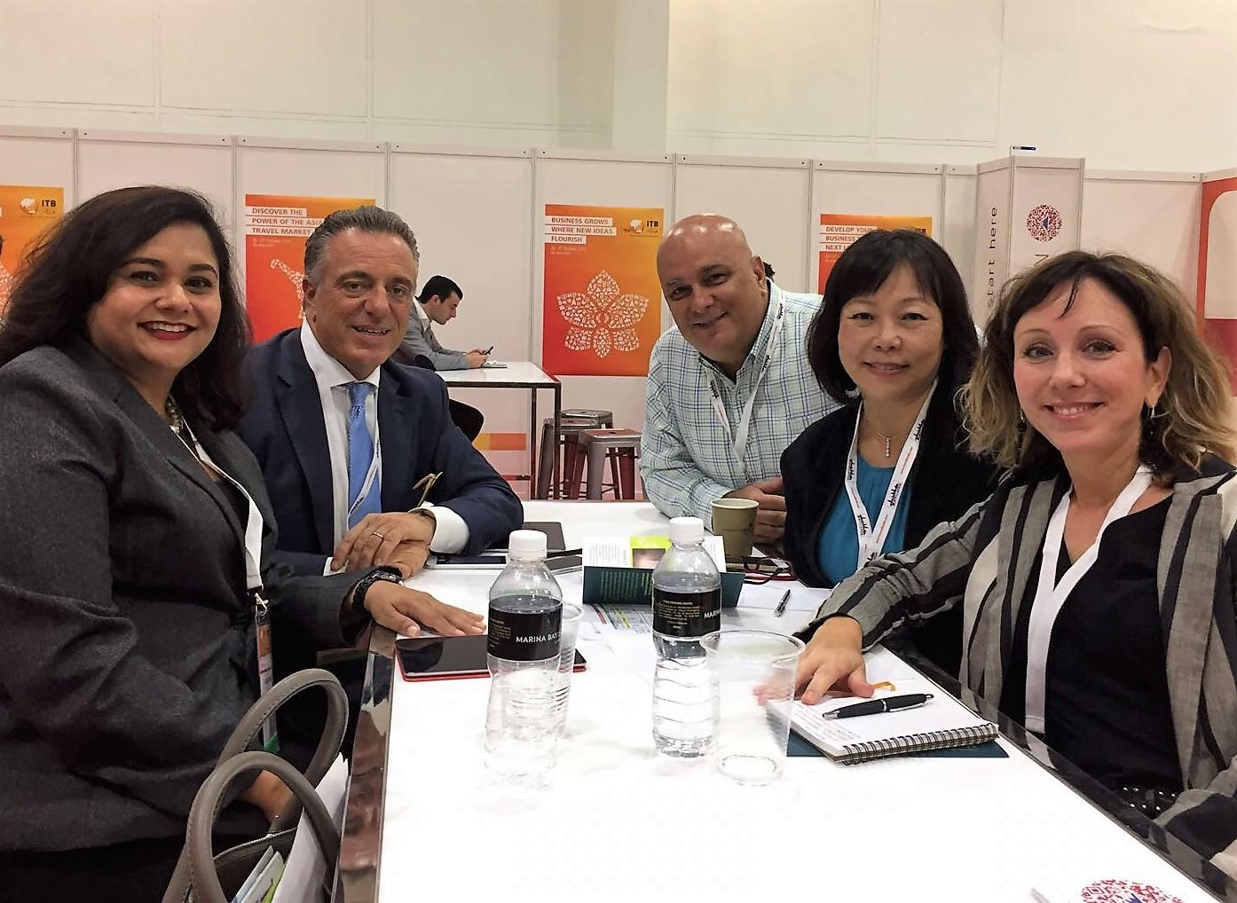 From left to right:  Ms Jagdish Sandhu (CEO, FLA), Mr Massimo Macchi (MD, Klima Hotel Milano), Mr Fabrizio Tiribello (GM, 8PM Events), Ms Serene Law (VP, FLA), Ms Roberta Semino (Director Commercial, Klima Hotel Milano).