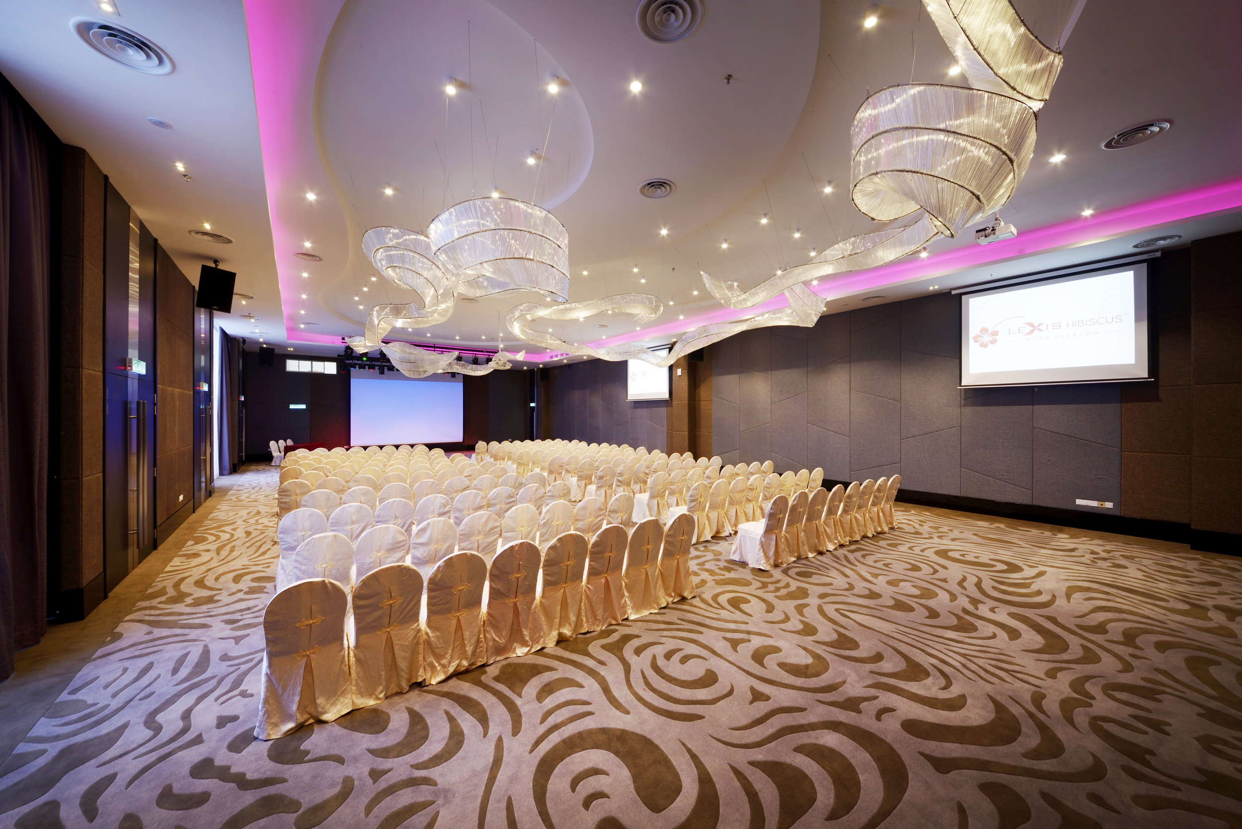 DD. Indoor Facilities - Sky Ballroom.JPG
