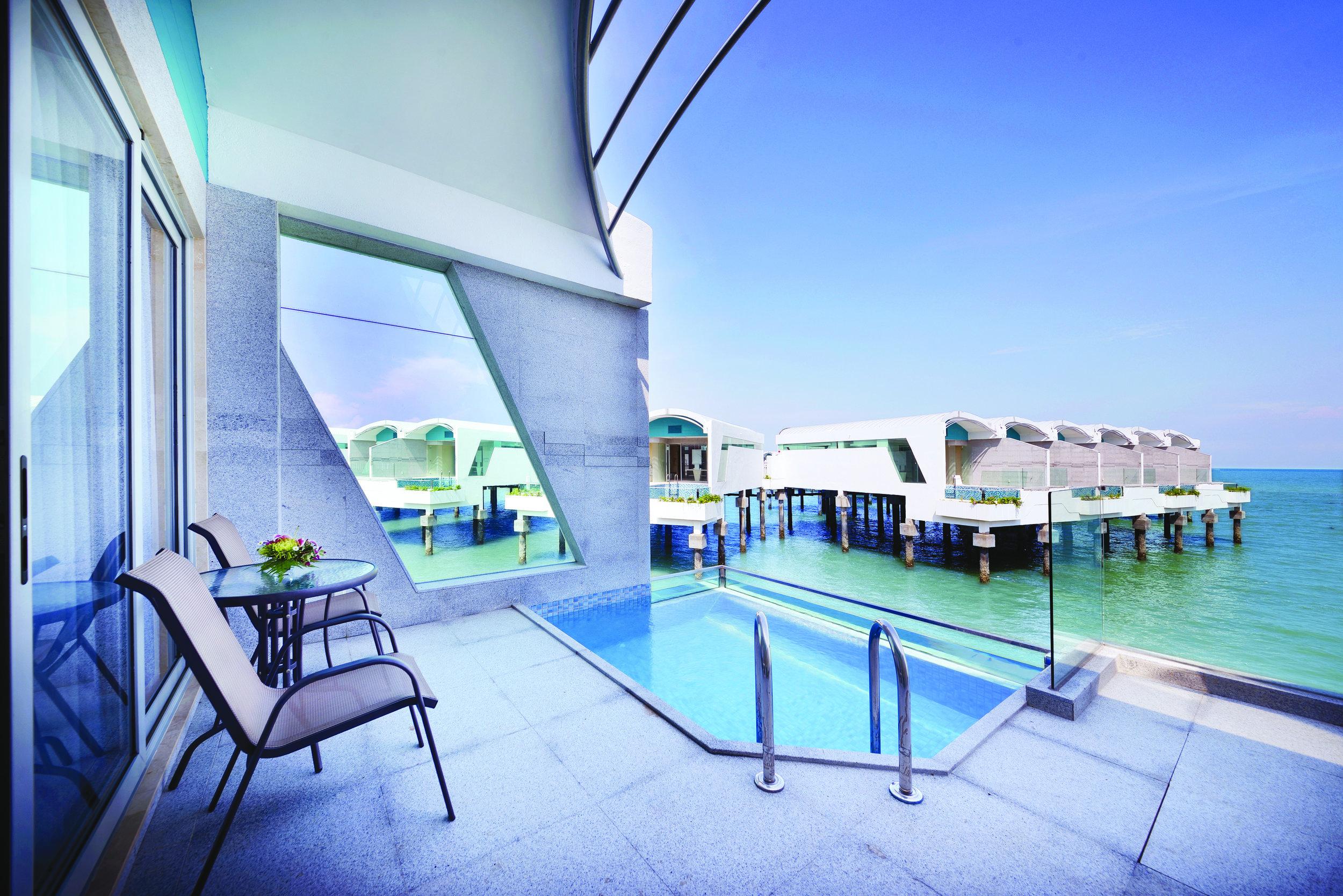 FD. Accommodation - Panorama Pool Villa (Sea View)_Pool View.jpg