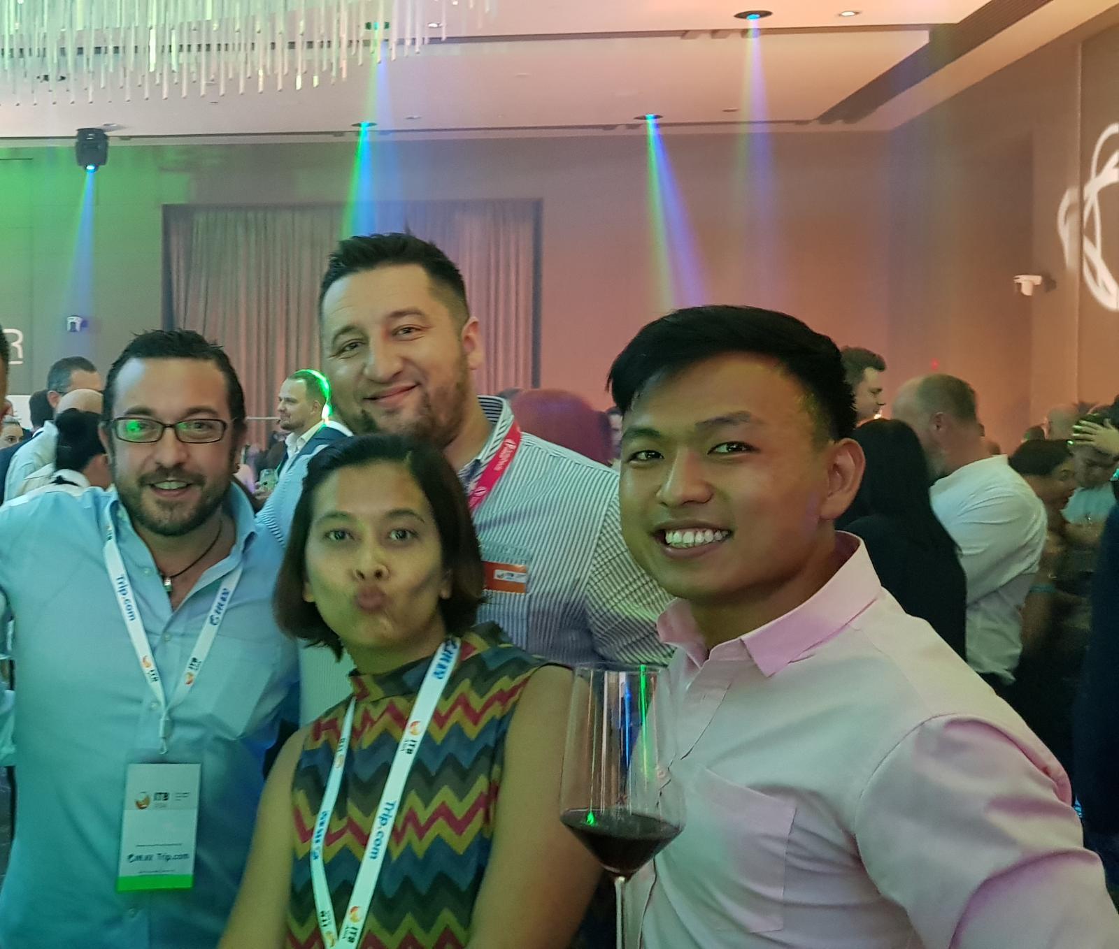 From left to right:  Mr Xavier Llinas Metre (HotelsQuickly), Ms Badriya Wilaiwan (Travpax), Mr Ilja Panov (Hotelbeds), Mr Leonard Chiang (FLA).