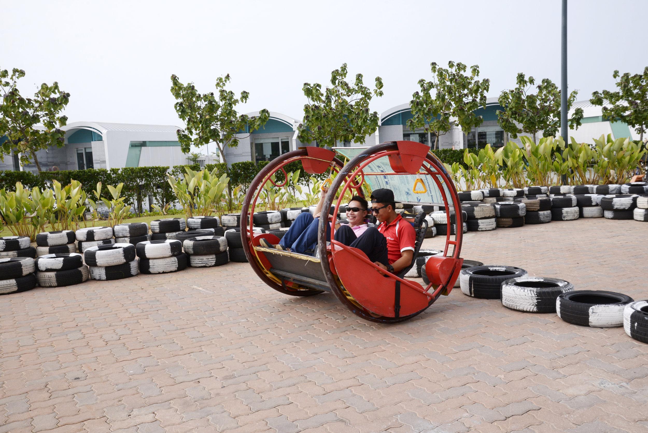 EC. Sports & Recreation - Yoyo Car.JPG