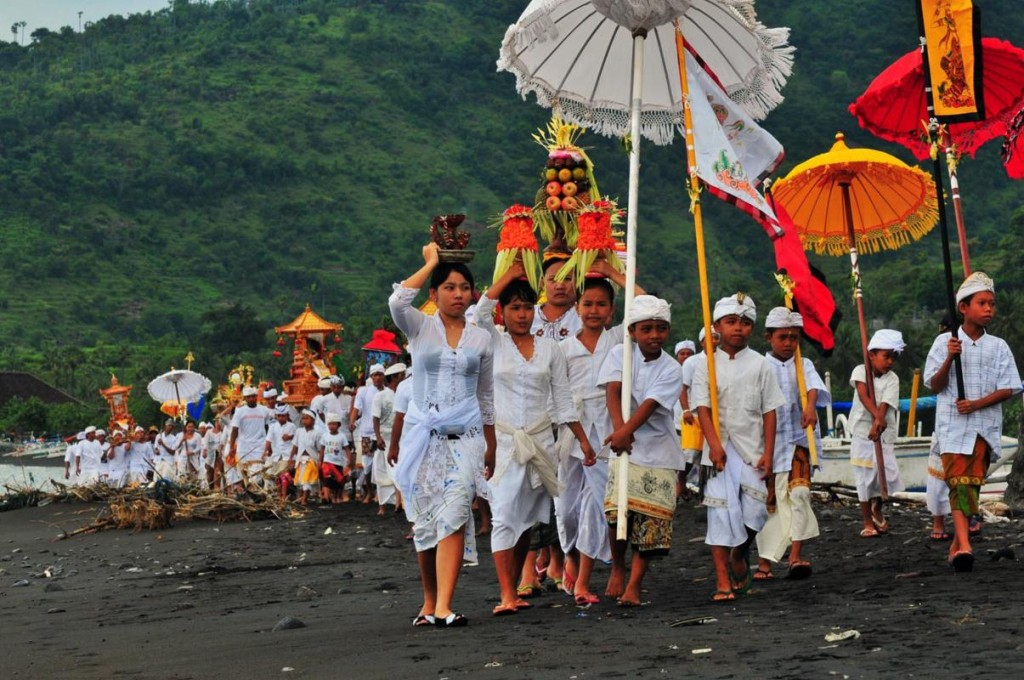Nyepi-Day-Bali-6-HD-Images-Wallpapers-1024x680-e1436435790450.jpg
