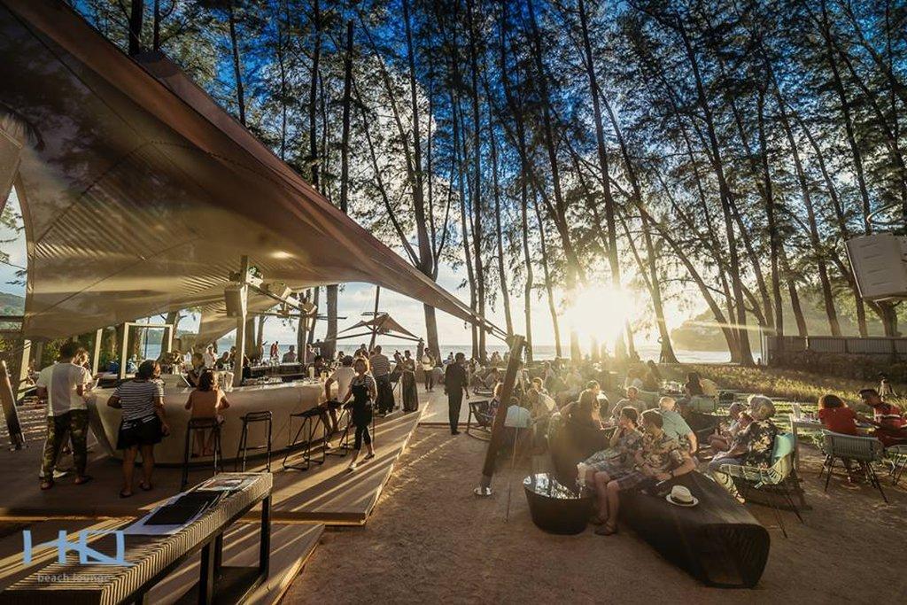 HQ_Beach_Lounge_05_R.jpg