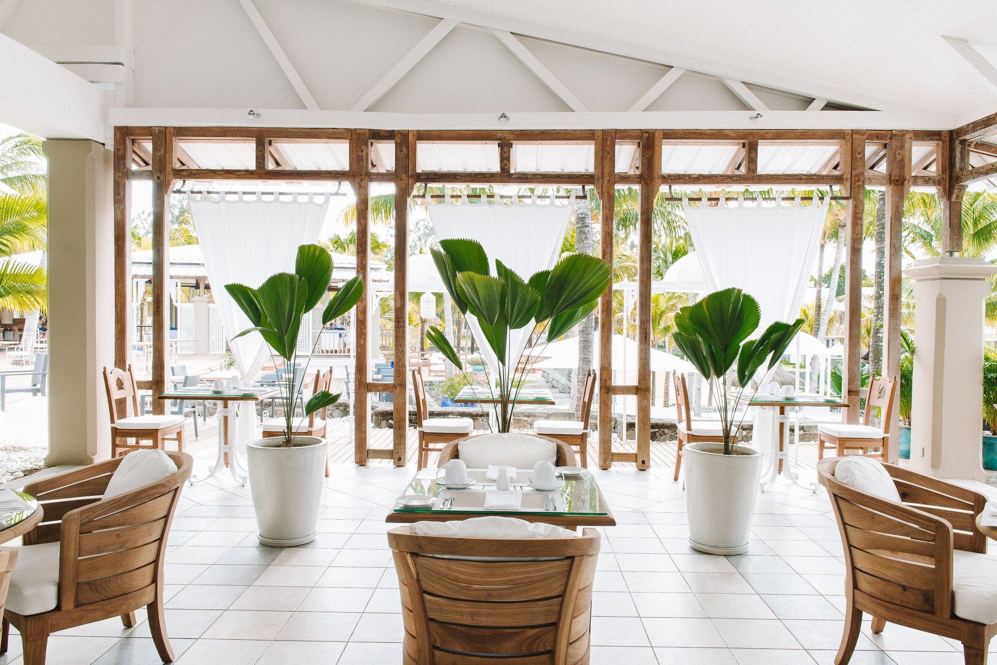 PCBH_The_Dining_Room_restaurant_1_S.jpg