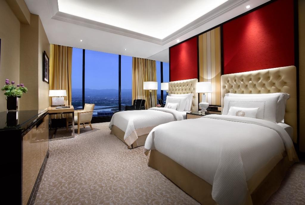 Premier Room - Twin Share Bed_1024x690.jpg