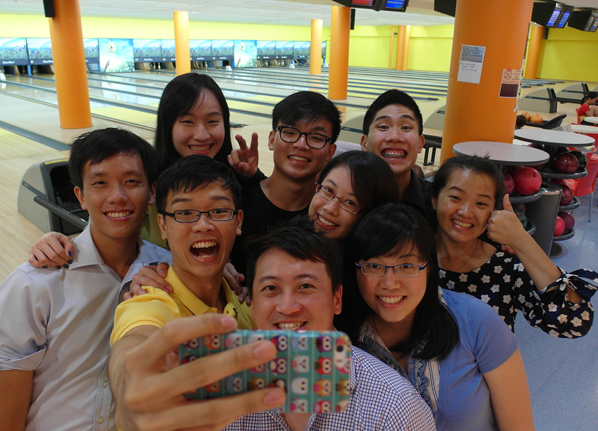 Annual bowling tournament at Marina Square – we sure know they can strike a good work-life balance!   First row (left to right): Sean Lai, Mr. Andy Lim, Joanna Lee   Second row: Zhen Sheng, Zoe Lee, Sheridin Tan   Third row: Joyce Tay, Teck Li, Roy Chng