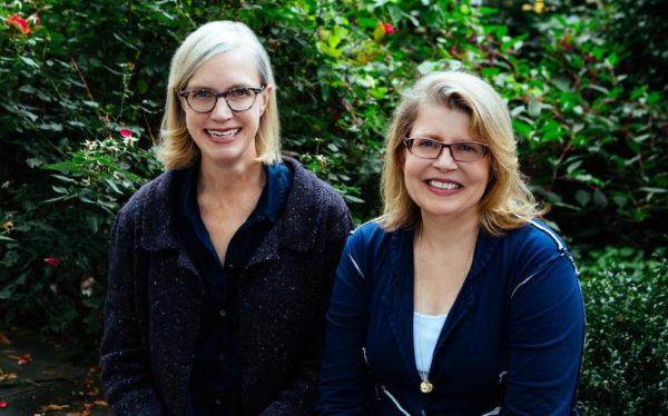 Ann Shayne (left) and Kay Gardiner (right) write the fantabulous Mason-Dixon Knitting. Image © Modern Knitting Media, LLC