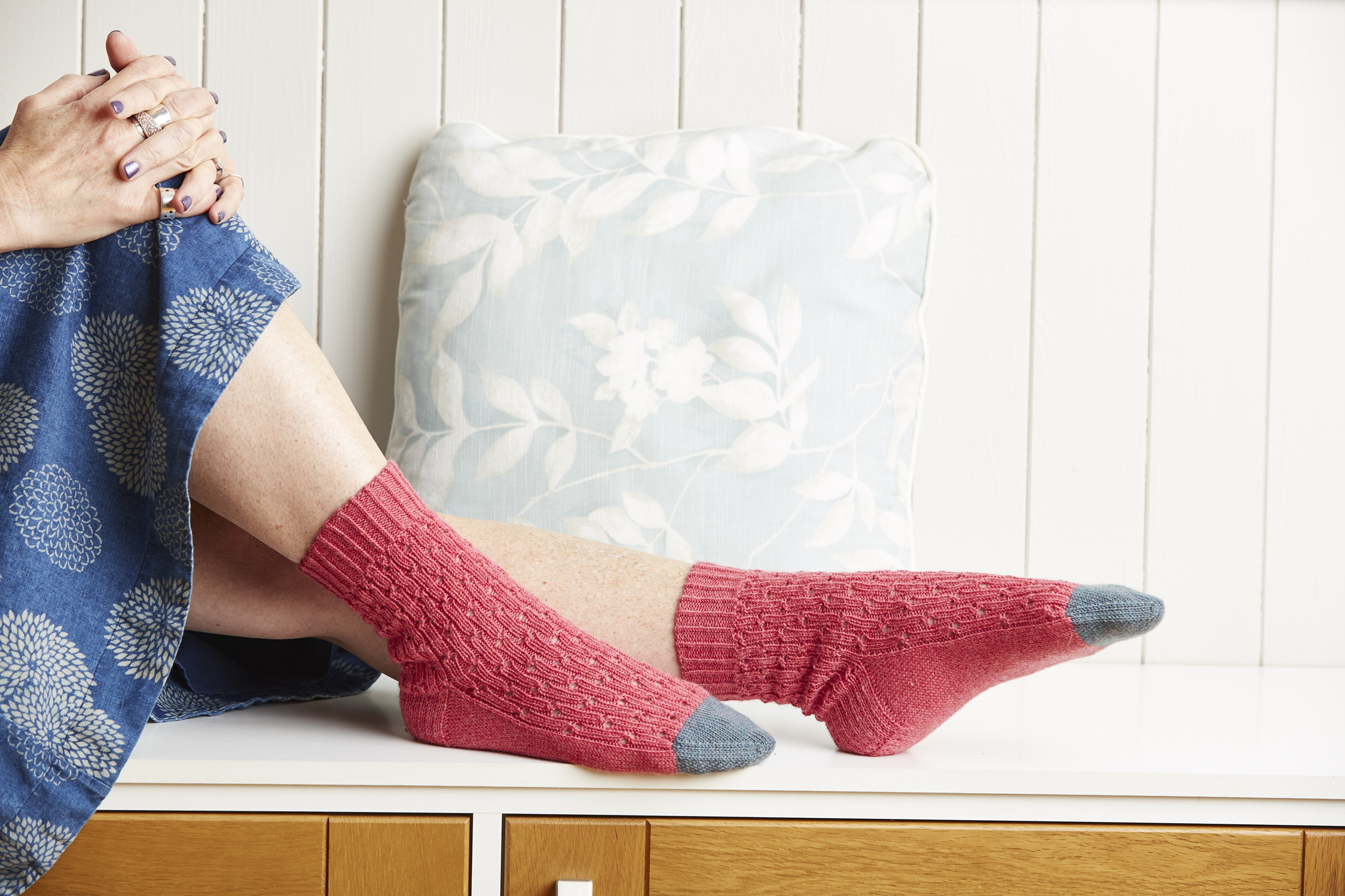 The Antirrhinum socks use a heel flap and turn construction and are worked down from the cuff to toes.
