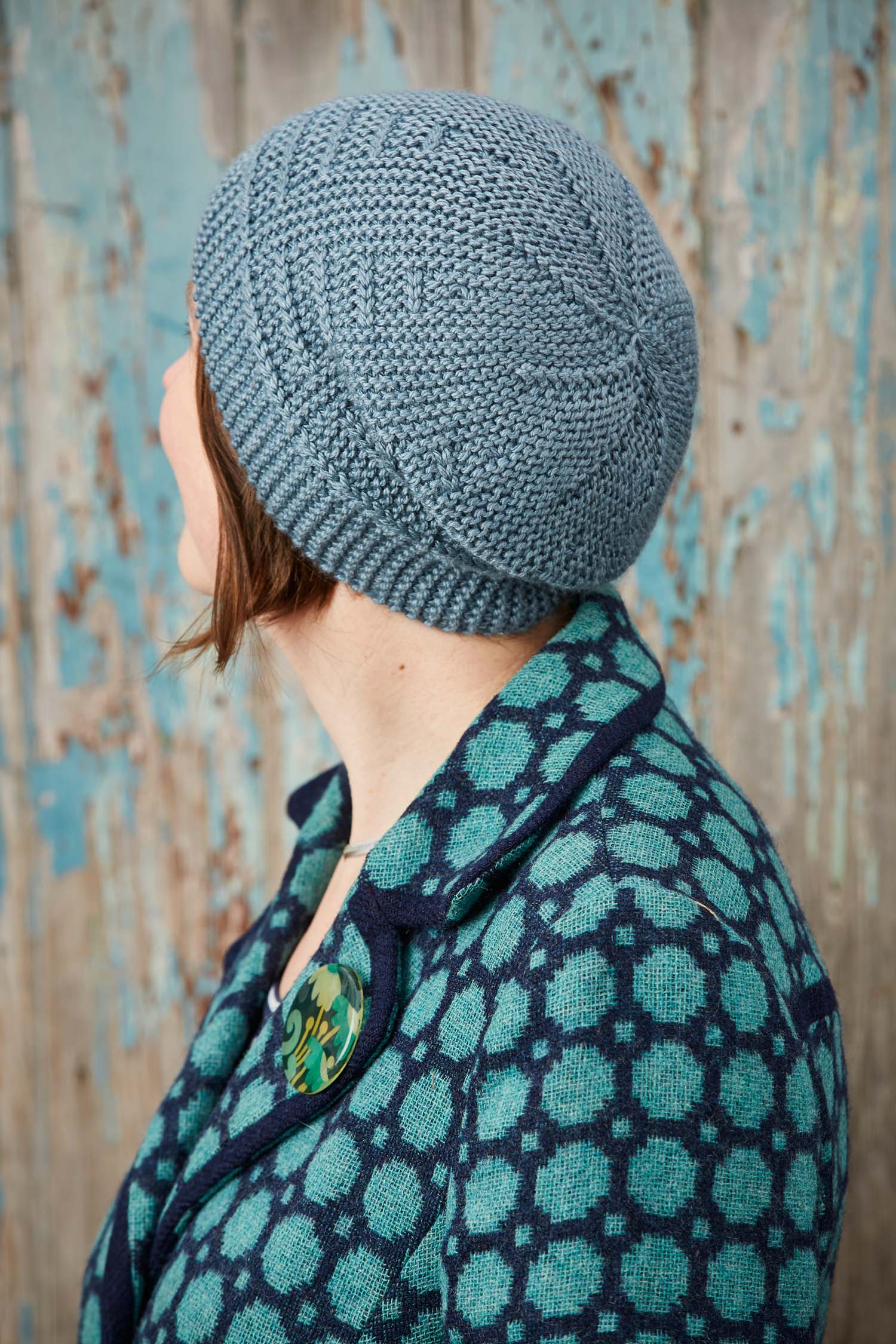 Short-row shaping creates both the crown and brim. Image © Jesse Wild.