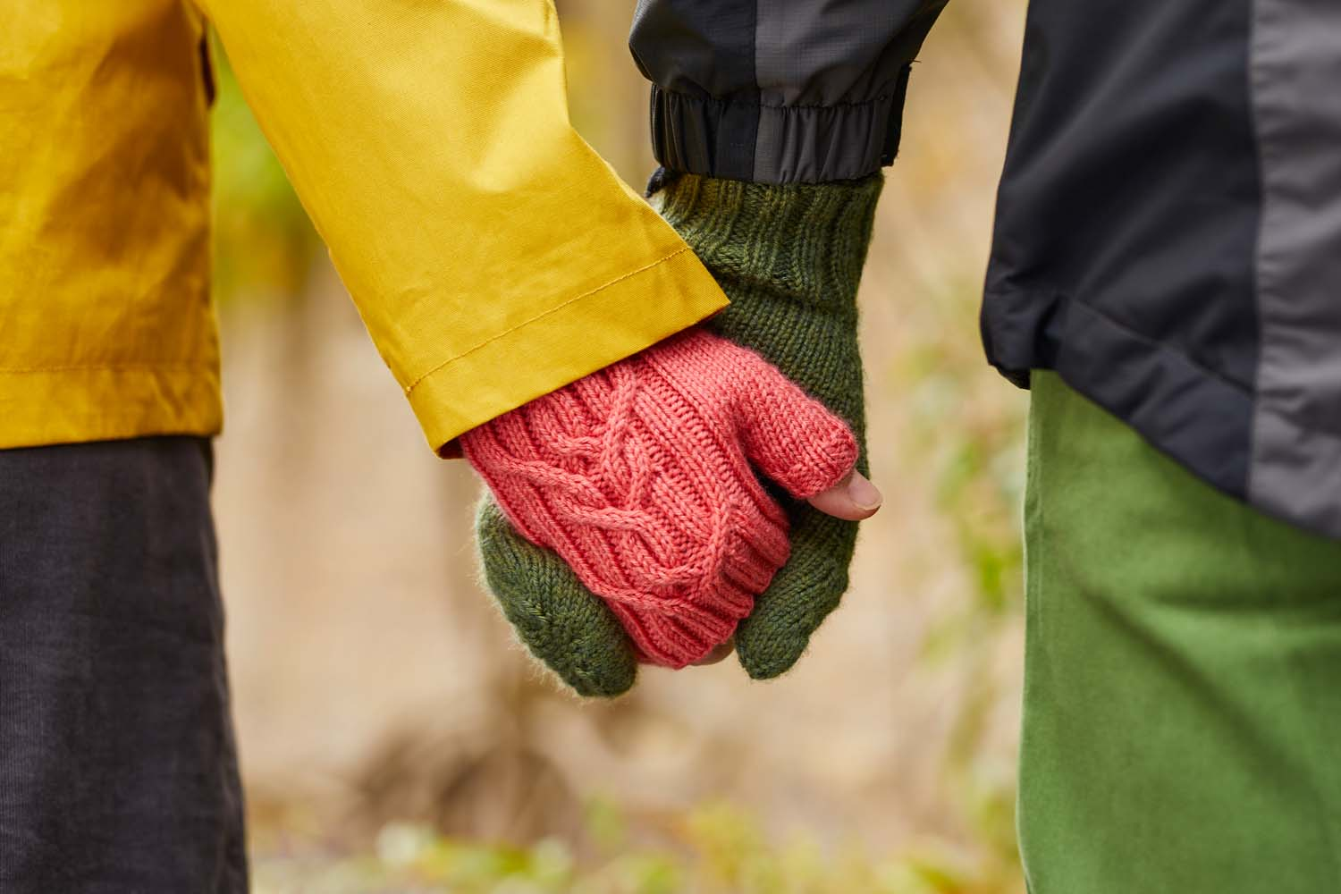 The Otrera pattern comes in two versions, mittens and fingerless mittens (or mitts for short!). Image ©Jesse Wild.