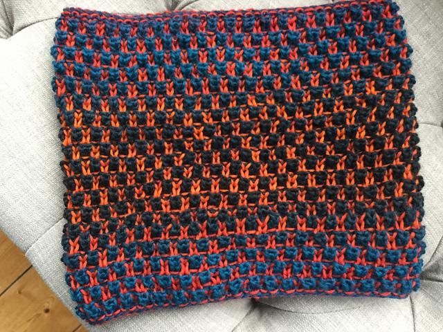 Soupdragon 's Bramen Cowl, knit in  Autumn Sun/Herbstsonne
