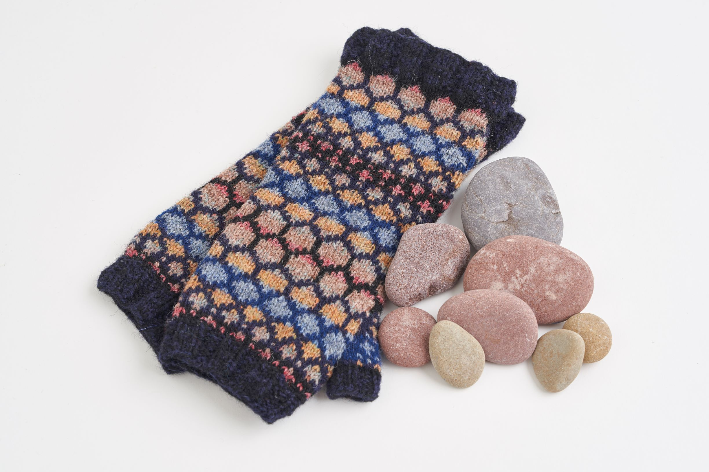 The Stone colourway was inspired by beach stones, which, when you look closely, are anything but gray!