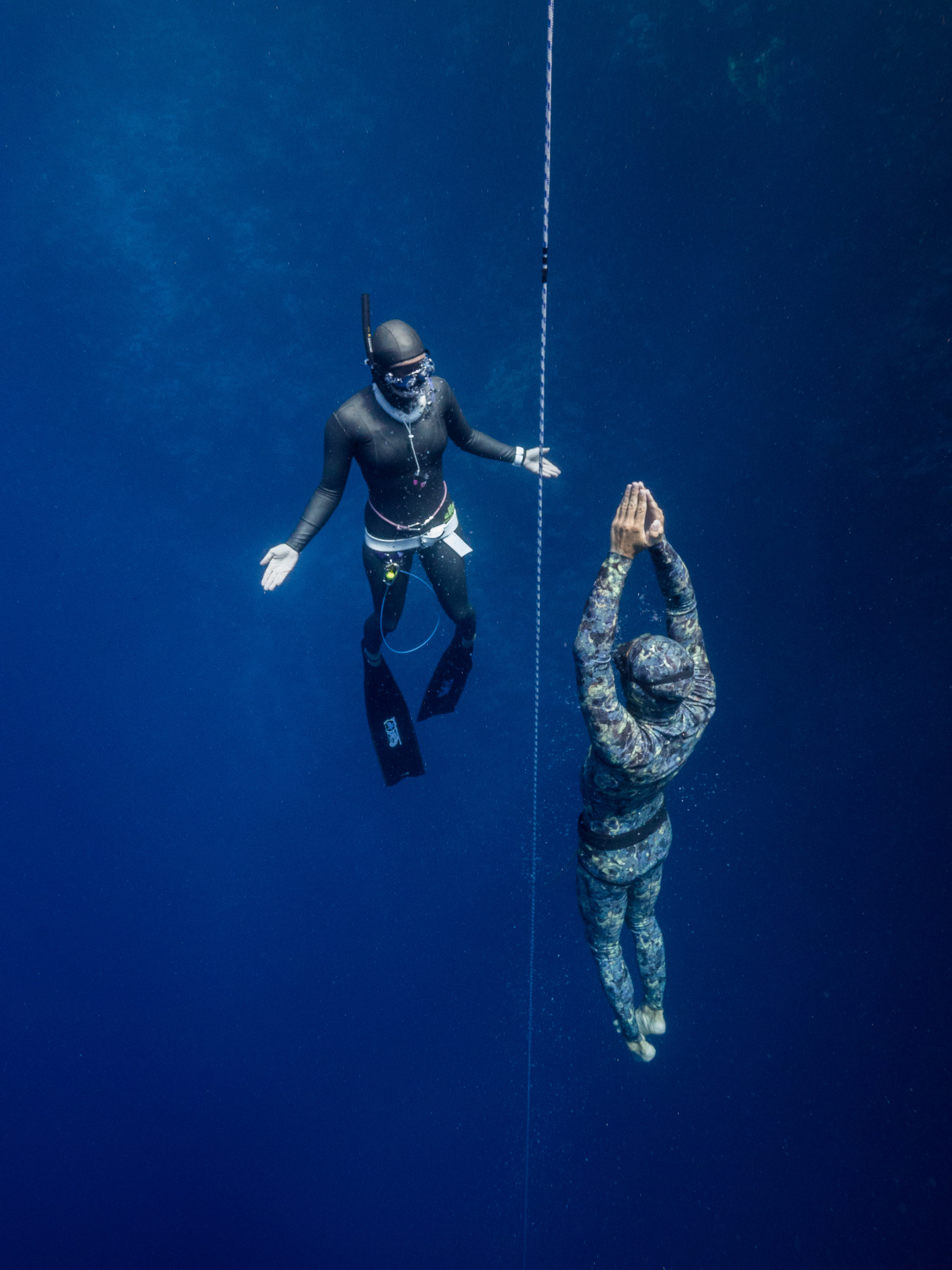 Freediving with safety diver in Byron Bay