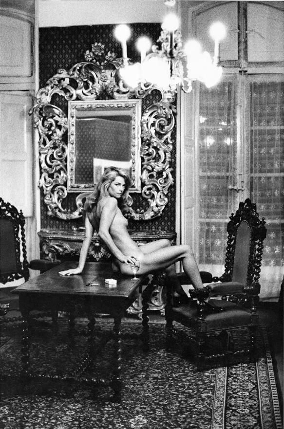 Charlotte Rampling, Hotel Nord-Pinus, Arles, 1973
