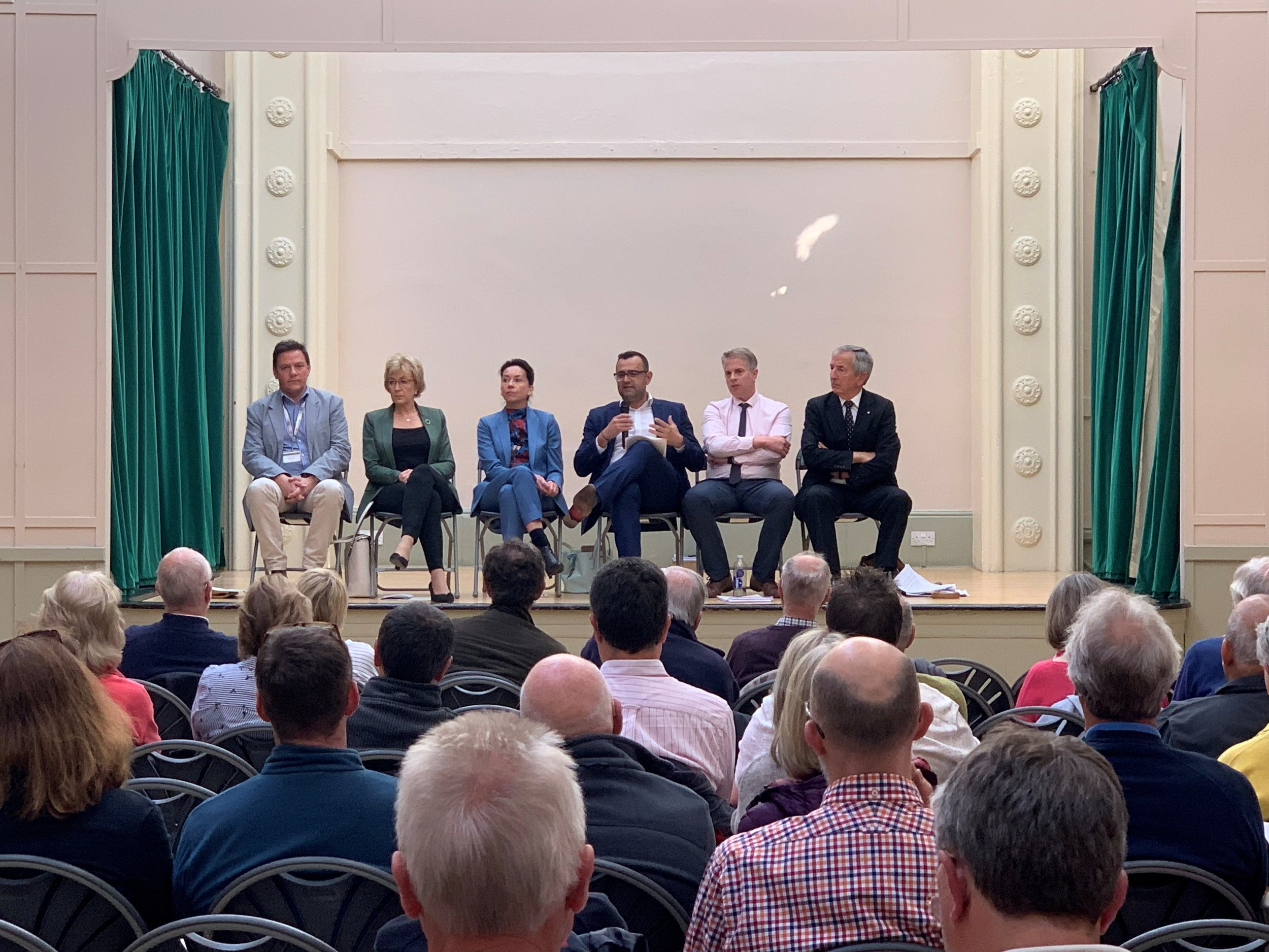 20190614 TRR Public Meeting [02].jpg
