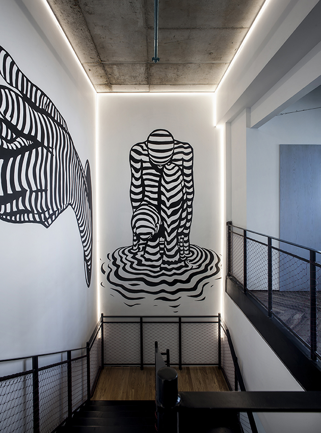 similarweb offices - roy david architecture studio - nir pilpeled art