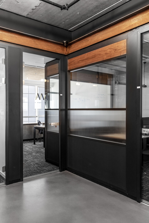 ROY DAVID ARCHITECTURE - STUDIO - ART MEDICAL OFFICES - רואי דוד אדריכלים - סטודיו רואי דוד - אדריכלות - ארט מדיקל (45).jpg