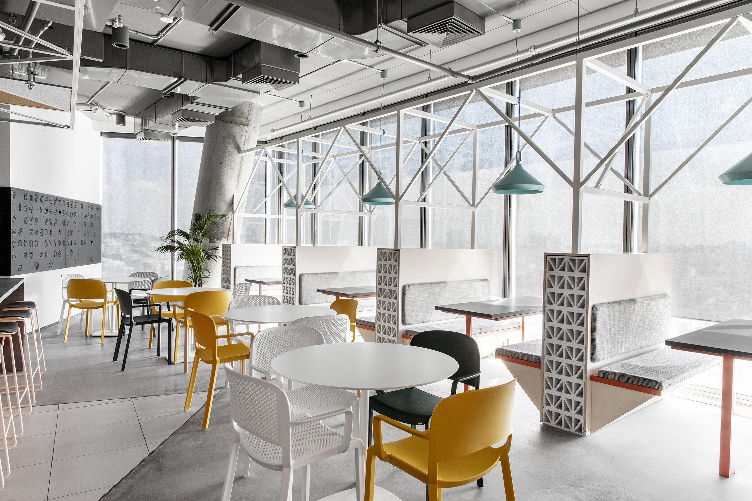 AKAMAI - ROY DAVID ARCHITECTURE - STUDIO - רואי דוד אדריכלות - אדריכלים - סטודיו - אקמאי (10).jpg