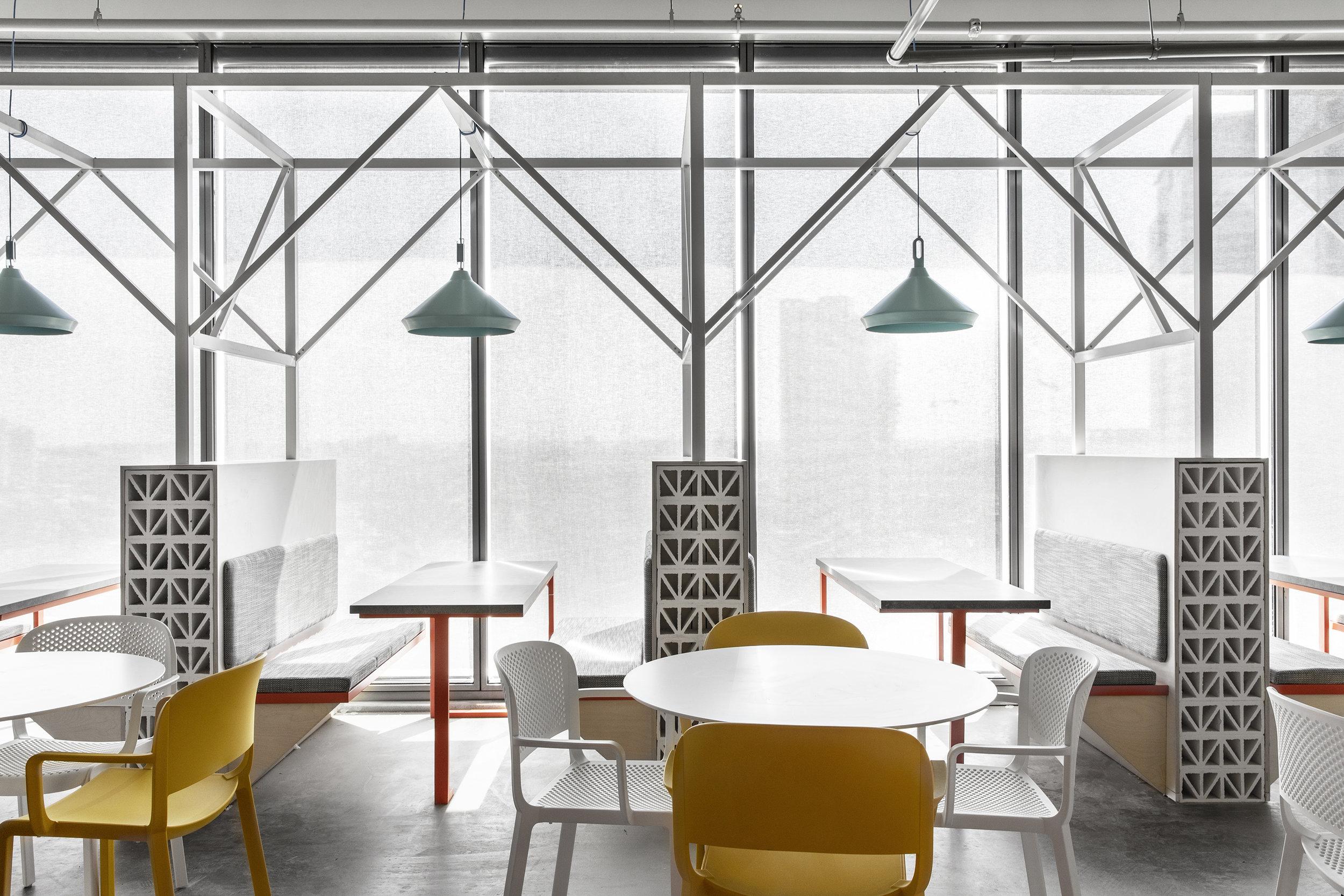AKAMAI - ROY DAVID ARCHITECTURE - STUDIO - רואי דוד אדריכלות - אדריכלים - סטודיו - אקמאי (11).jpg