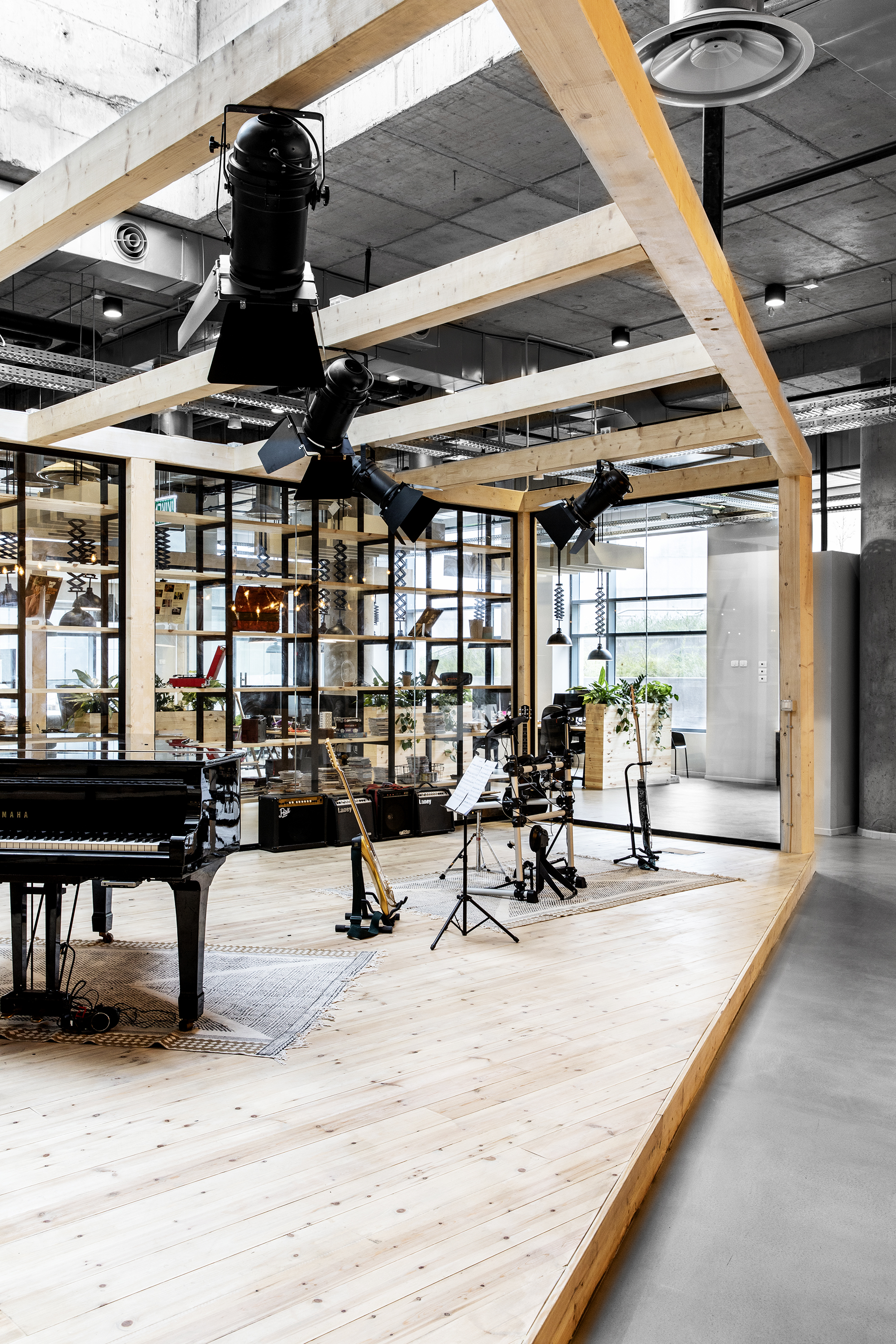 020_סטודיו רואי דוד - ROY DAVID ARCHITECTURE - JOYTUNES OFFICES.jpg