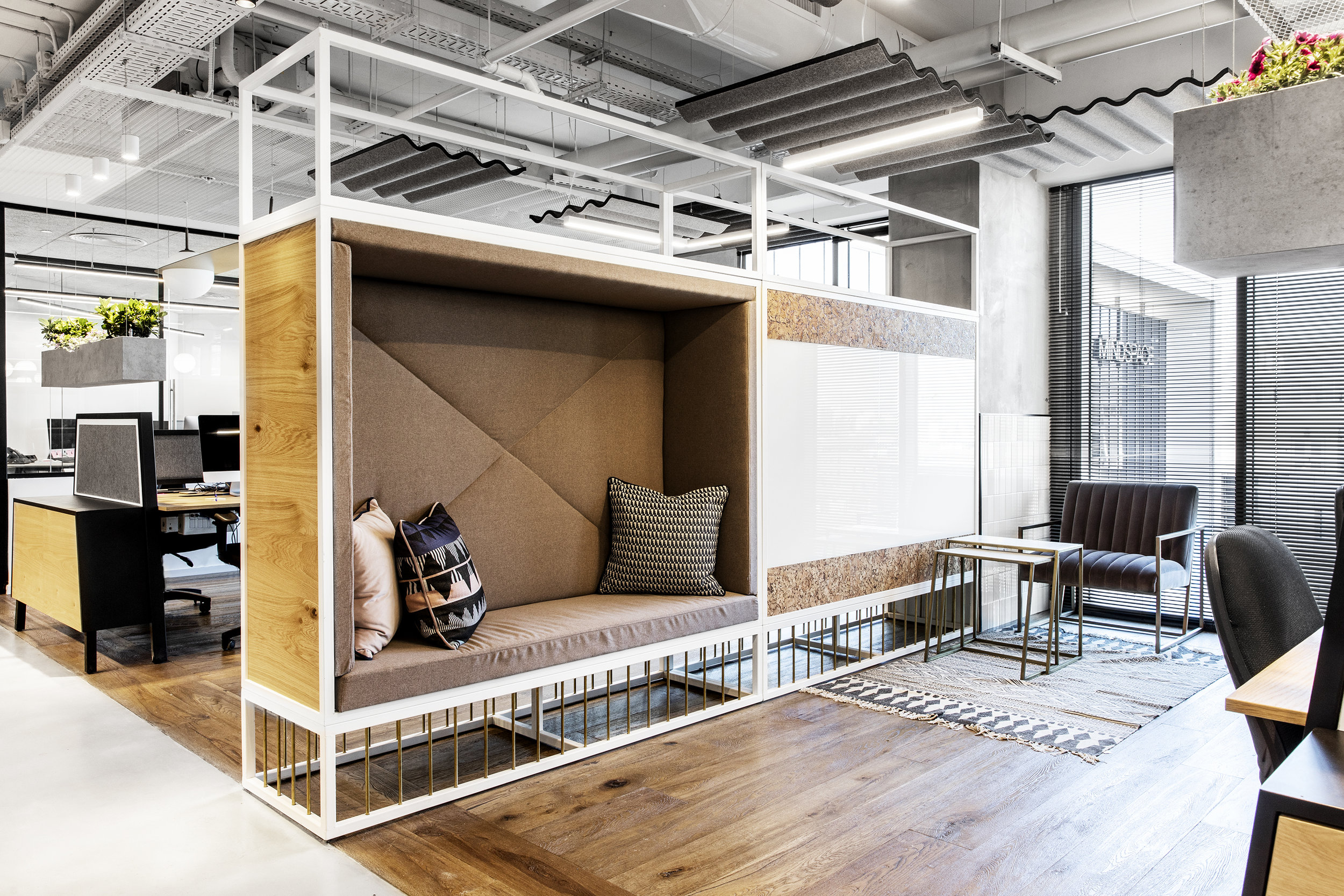 R2NET OFFICES - ROY DAVID ARCHITECTURE  STUDIO - רואי דוד אדריכלות סטודיו אדריכלים - אר2נט (28).jpg