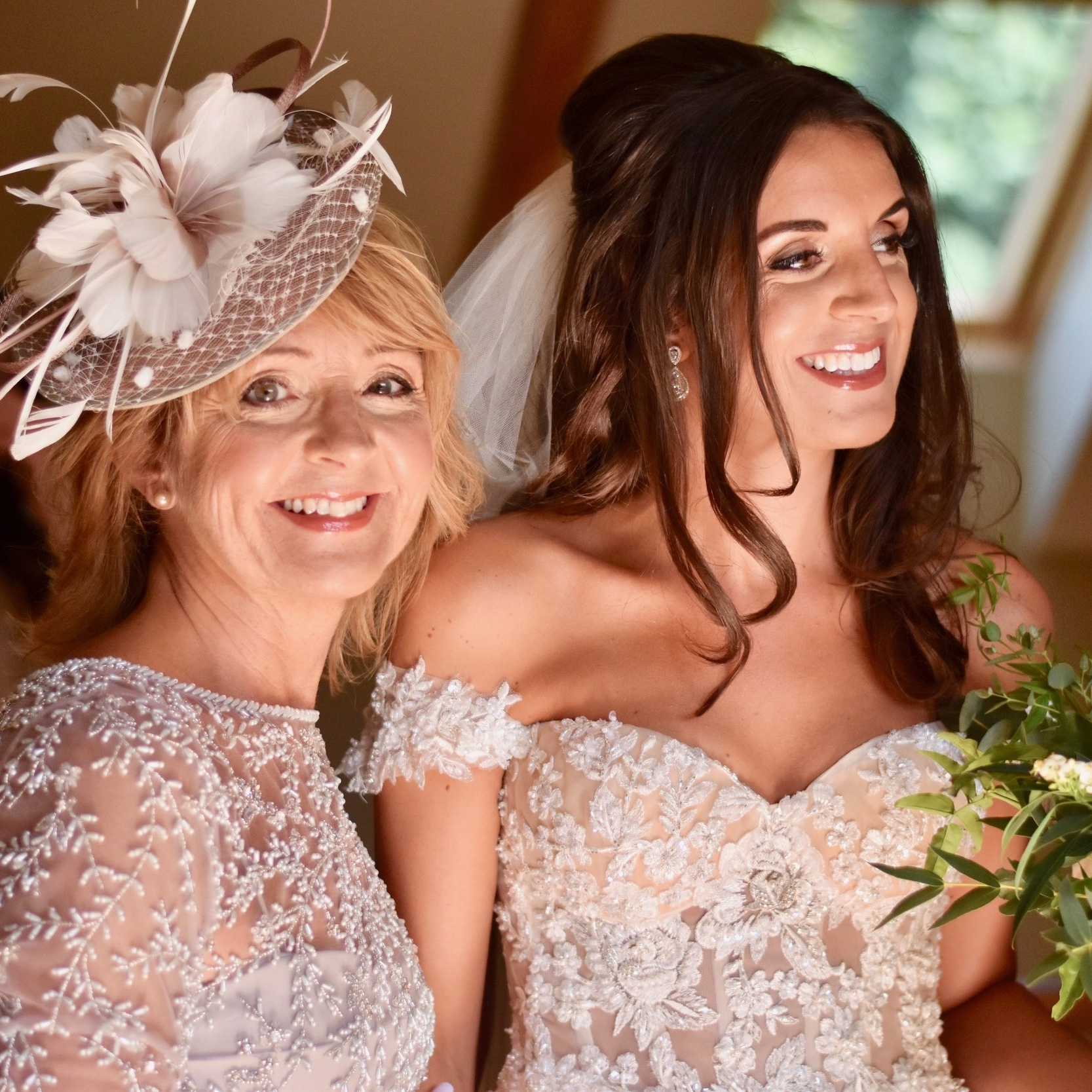 Fresh and clear makeup for the Mother of the Bride and clear precise Bridal Makeup