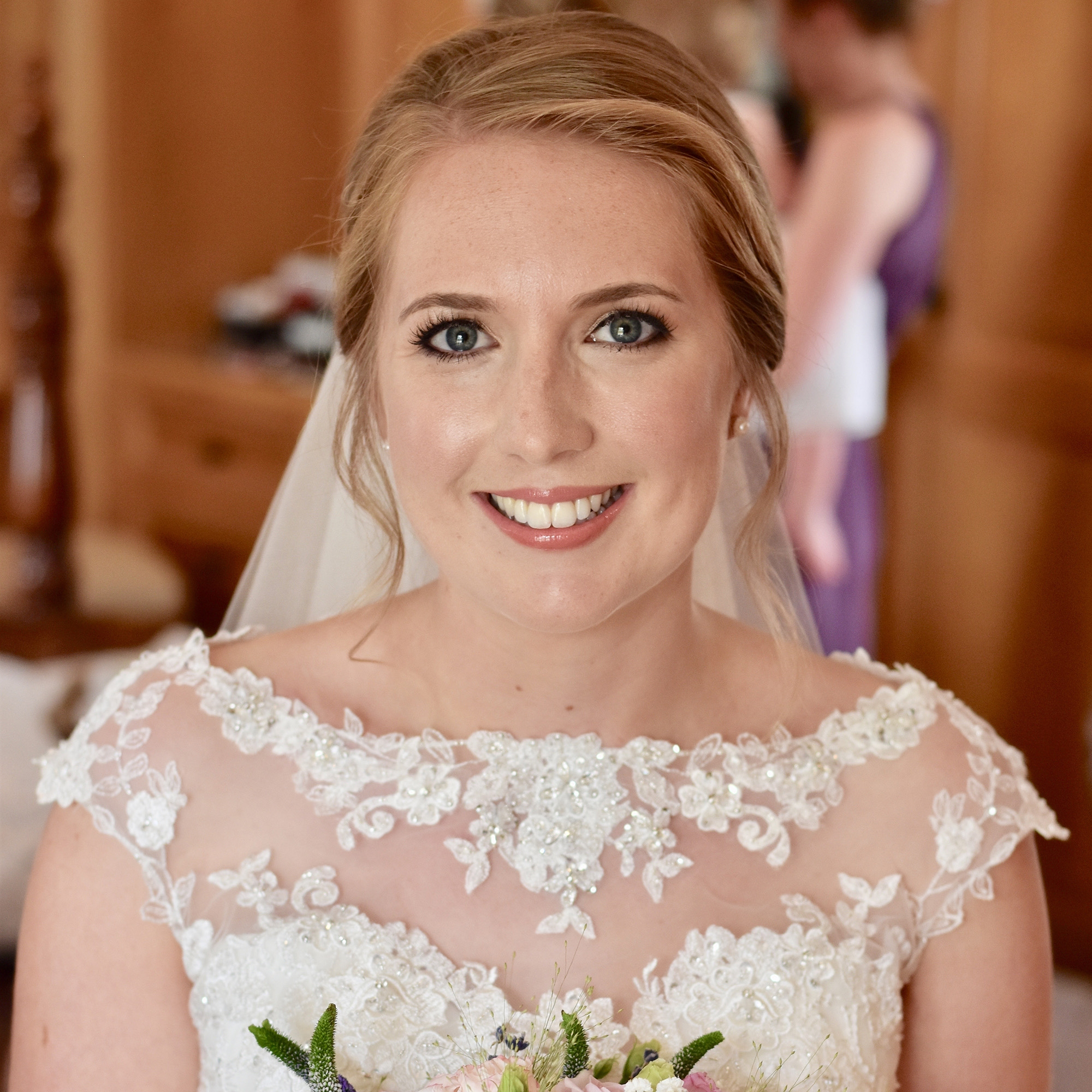 Perfect wedding makeup for blue eyes and blonde golden hair by Caroline Kent professional makeup artist.jpg