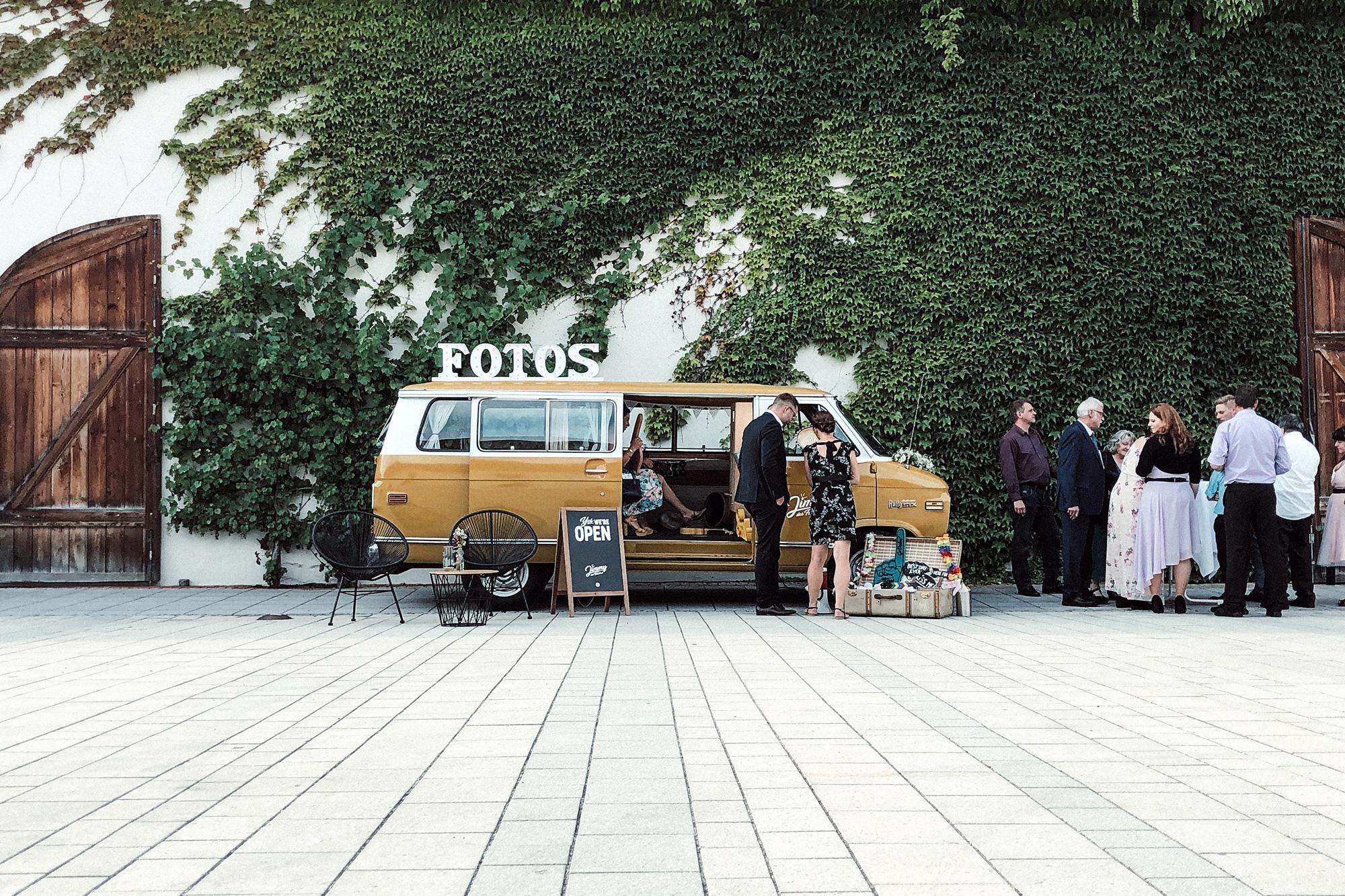 Fotobus-Jimmy-Fotobulli–Hochzeit-Fotobooth-Fotobox-V06.jpg