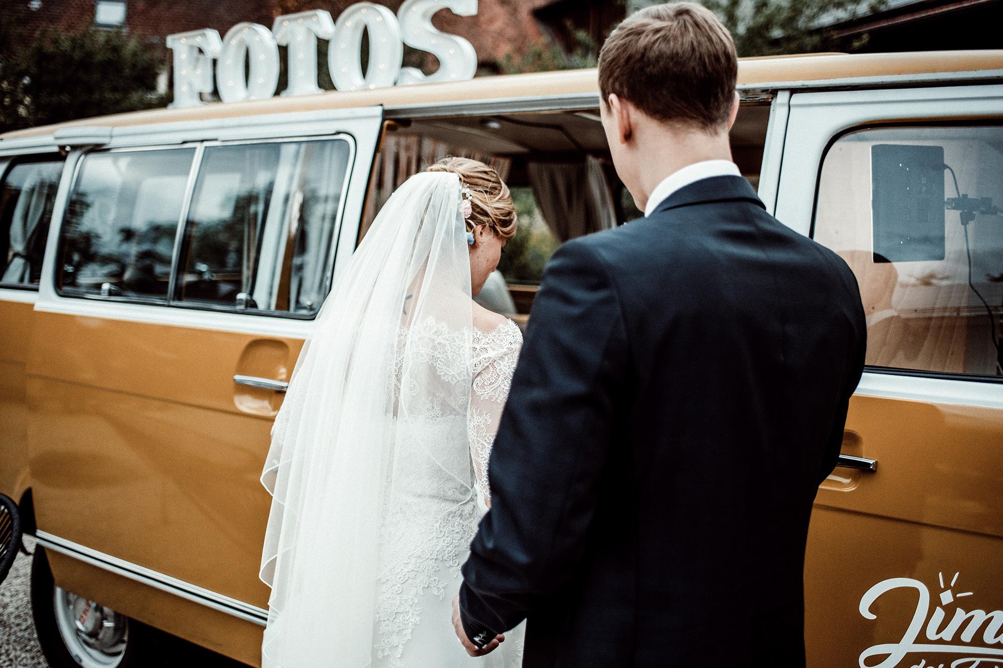 Fotobus-Jimmy-Fotobulli–Hochzeit-Fotobooth-Fotobox-V17.jpg