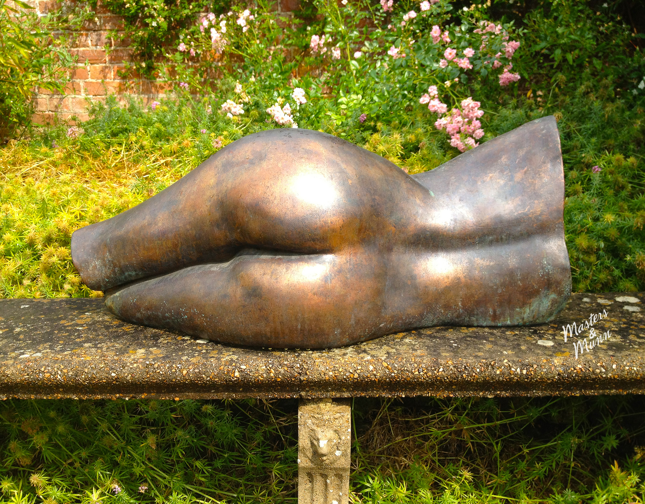 peach-garden-sculpture