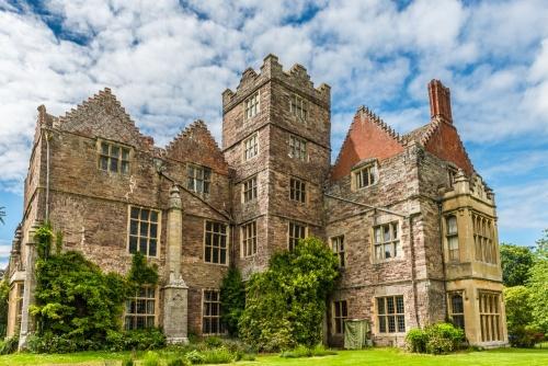 Kinnersley-Castle-2874.jpg