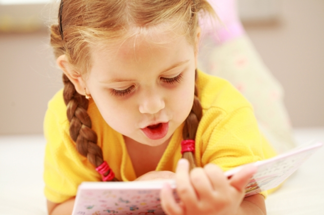 11-ways-to-encourage-reading-in-your-preschooler.jpg