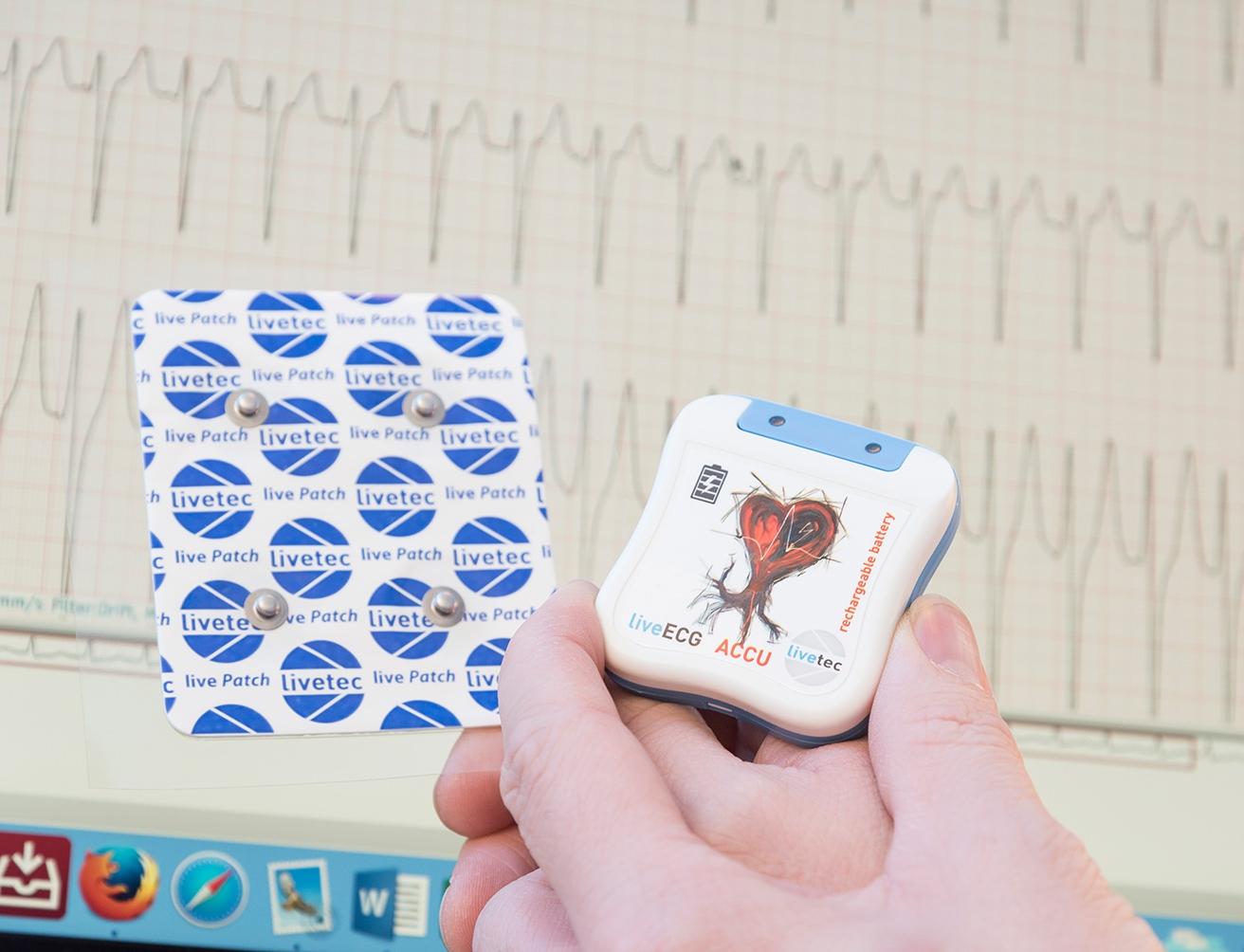 Arzt-Wittmund-Hofdmann-Herz-und-EKG-Langzeitekg.jpg