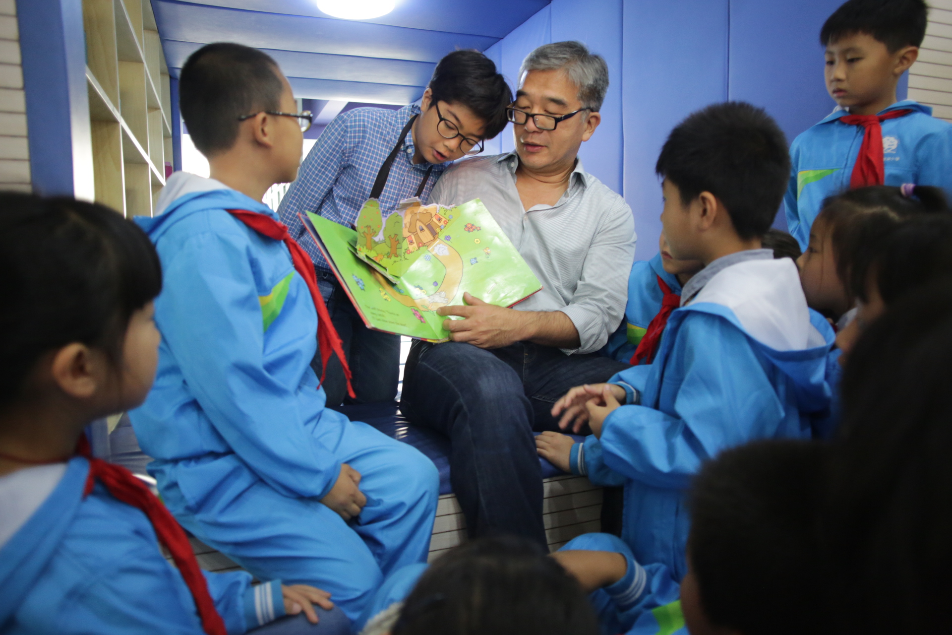 JC reading in Hefei.JPG