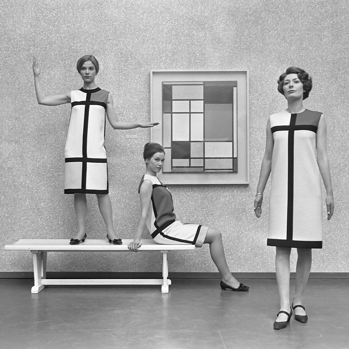 1200px-Mondriaanmode_door_Yves_St_Laurent_(1966).jpg