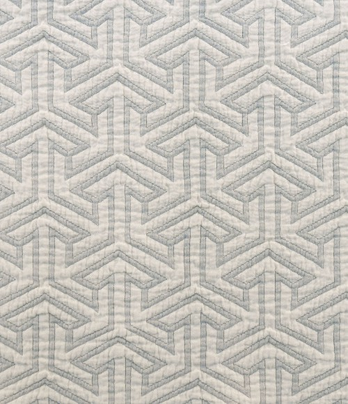 Matelasse-Arrows-Gray-DETAIL-front32-500x580.jpg