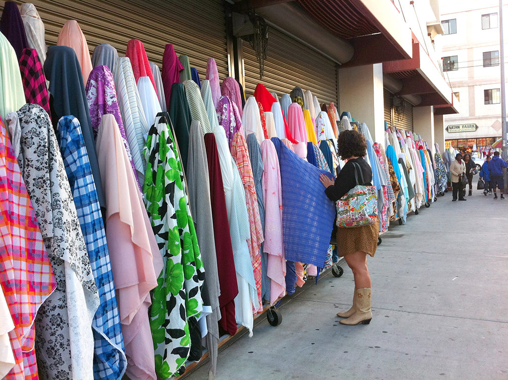 Los Angeles fashion district - click below to find out about all of the fabric, and trims stores in the Los Angeles fashion district.