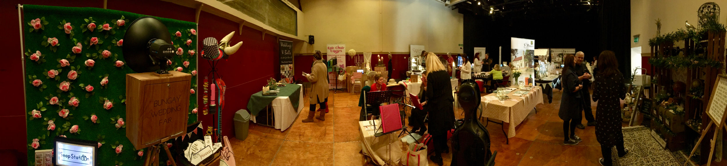 SnapStation photo booths at the Bungay wedding fair.