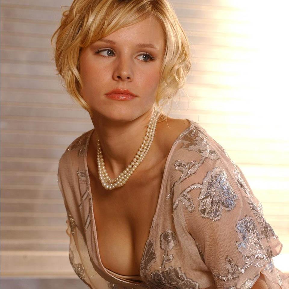 Kristen Bell Breast Implants