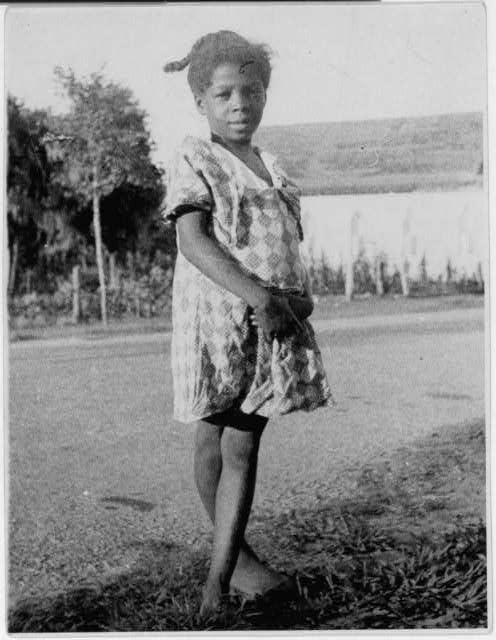 Lomax, Alan, photographer.  [African American child singer for singing games, Eatonville, Florida].  Eatonville Florida United States, 1935. June. Photograph. Retrieved from the Library of Congress, https://www.loc.gov/item/2007660114/. (Accessed September 08, 2017.)