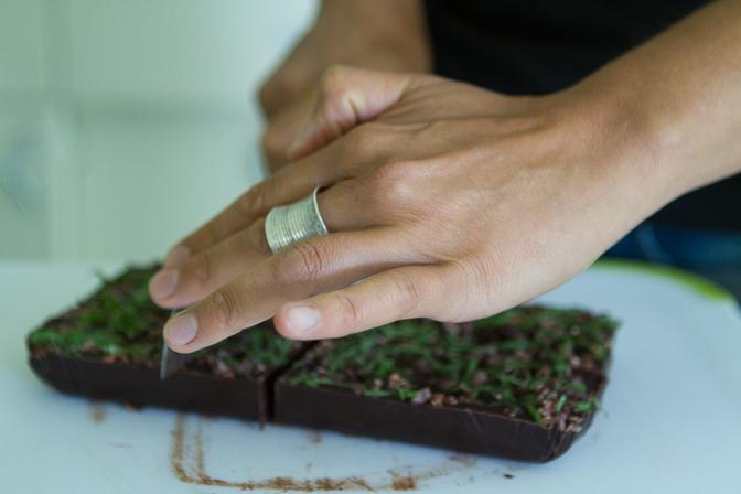 Cutting chocolates