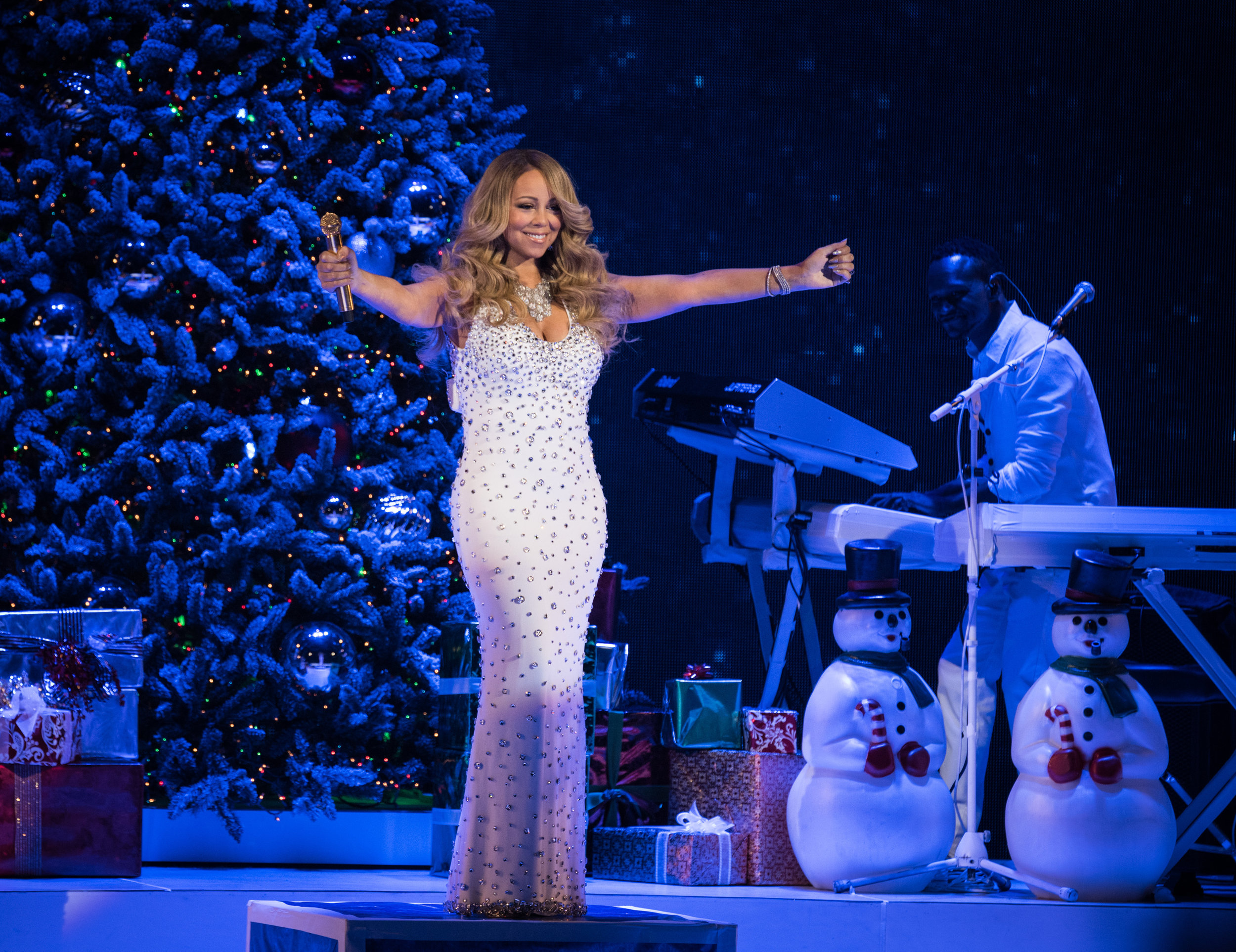 Opening Night of Mariah Carey Holiday Christmas Show at Beacon Theater, December 2015