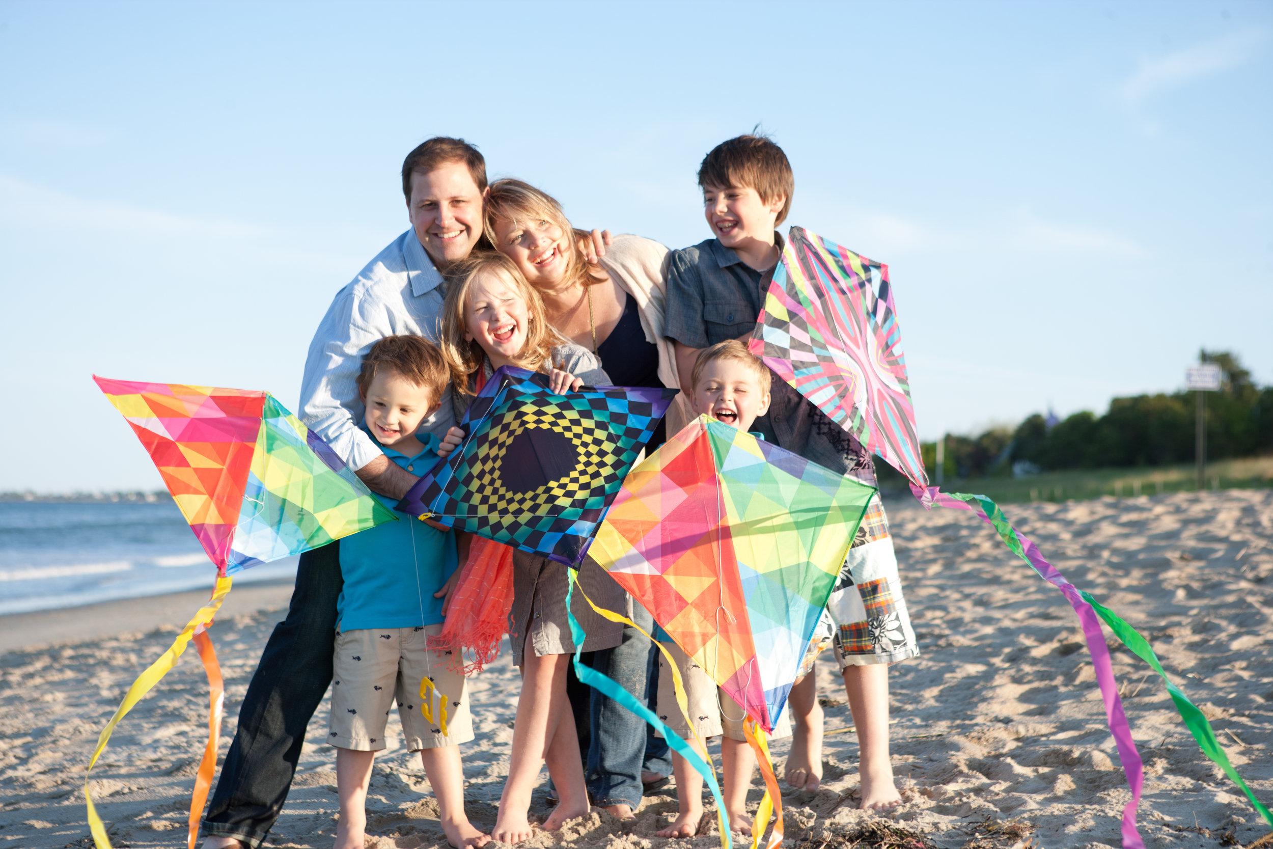 <b>KITES ON THE BEACH</b><br>Edgerley Family