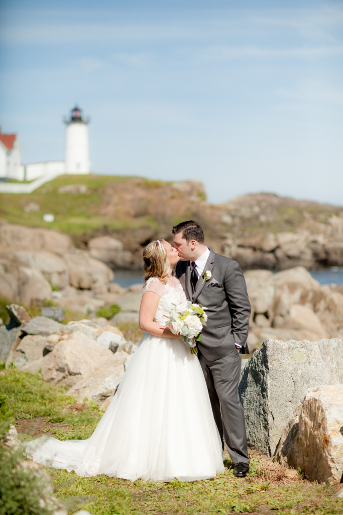 geneve_hoffman_york_maine_Weddings_0037.jpg