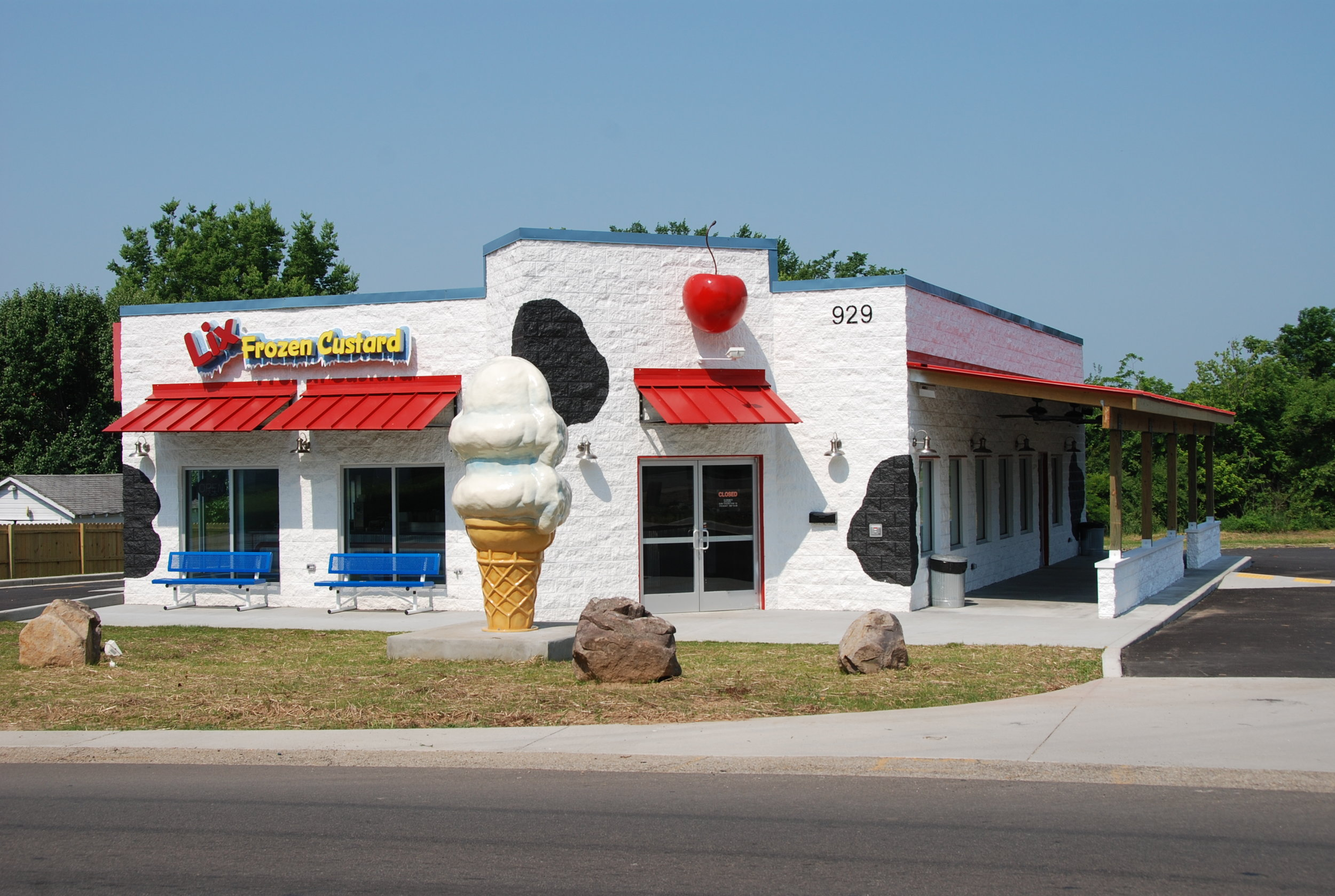 LIX FROZEN CUSTARD  Farmington, MO