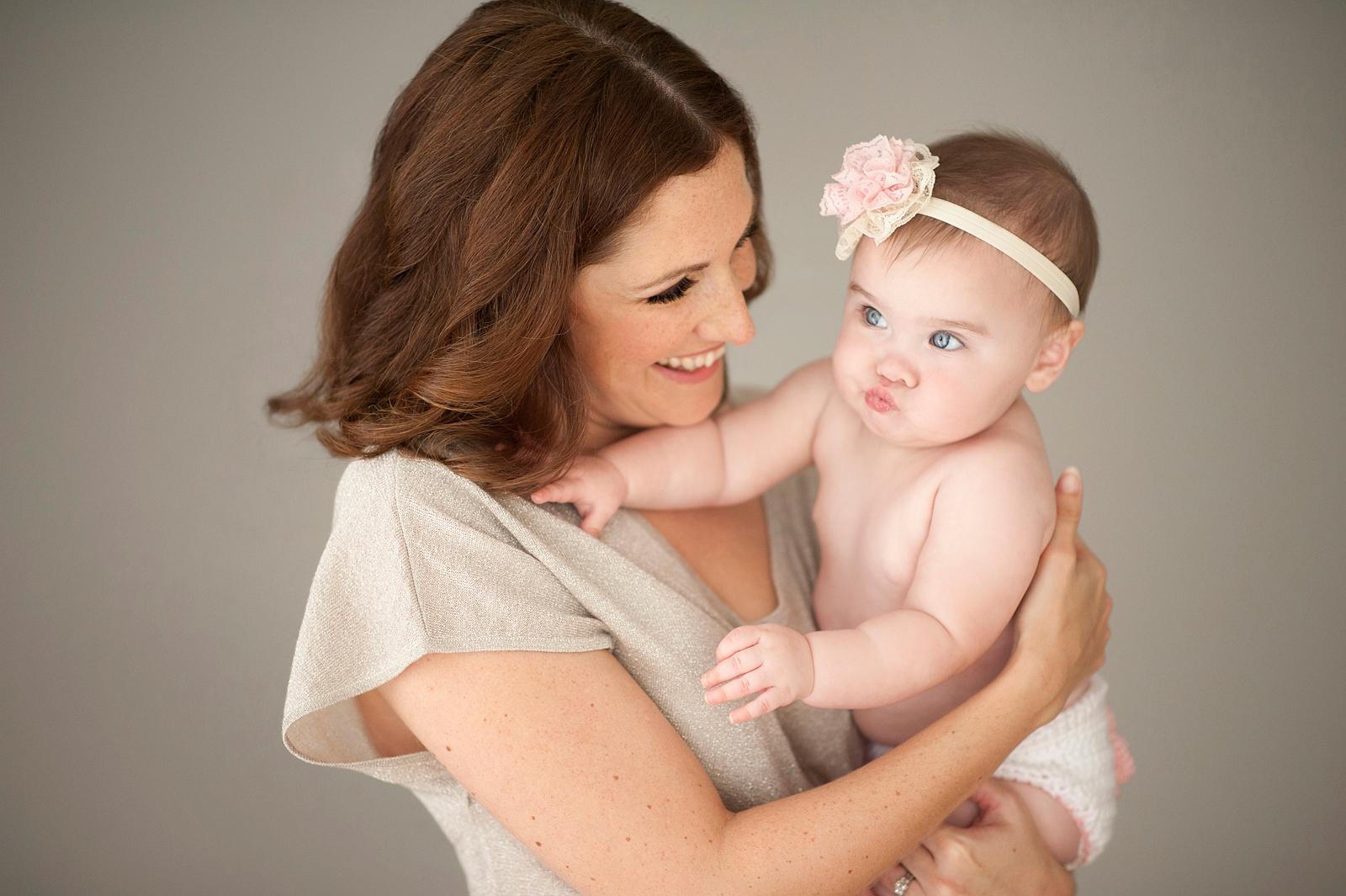 10-adorable-mother-baby-girl-megan-dipiero-photography.jpg