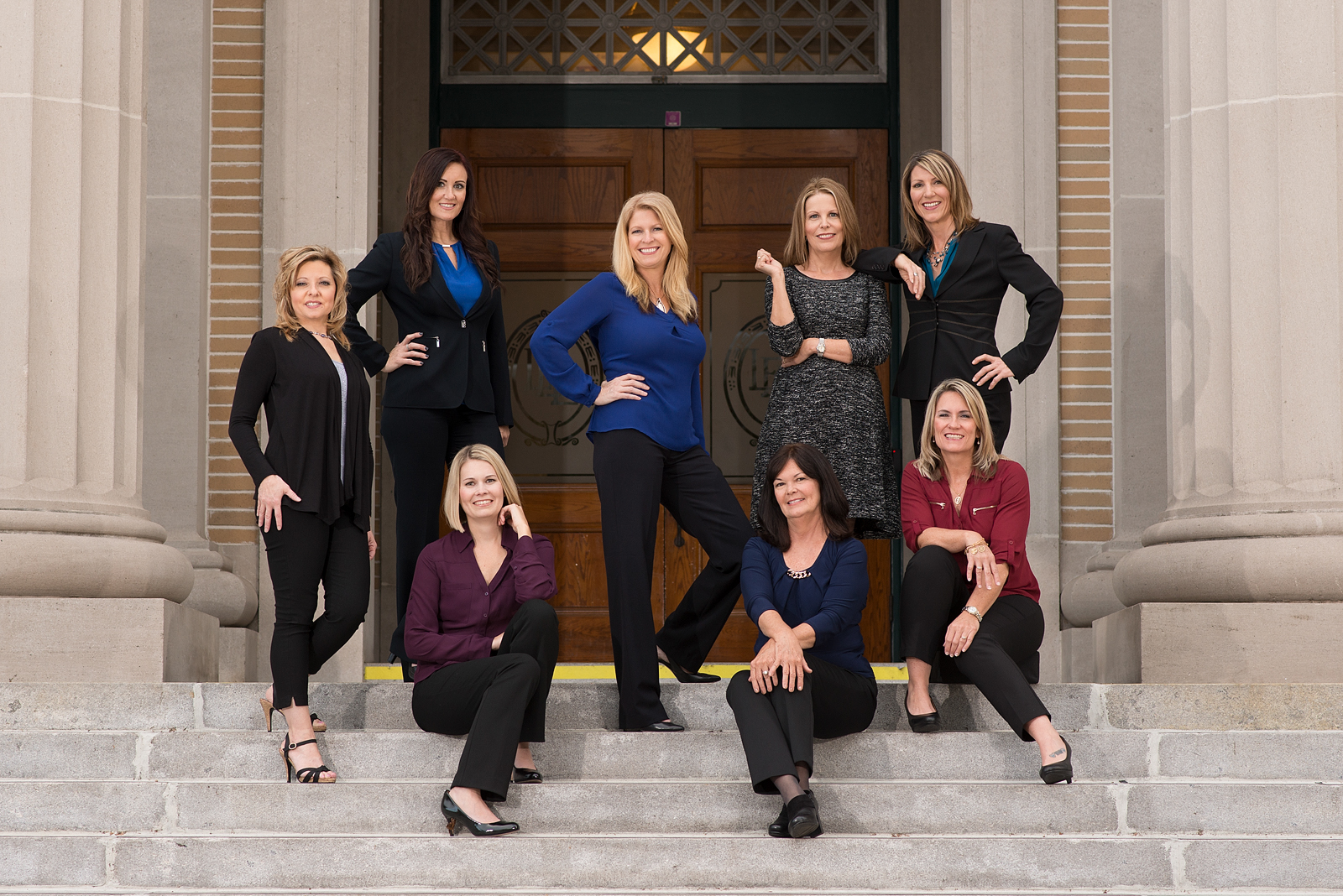 04-legal-team-courthouse-steps-women-group-fashion-team-headshots-megan-dipiero-photography-fort-myers.jpg