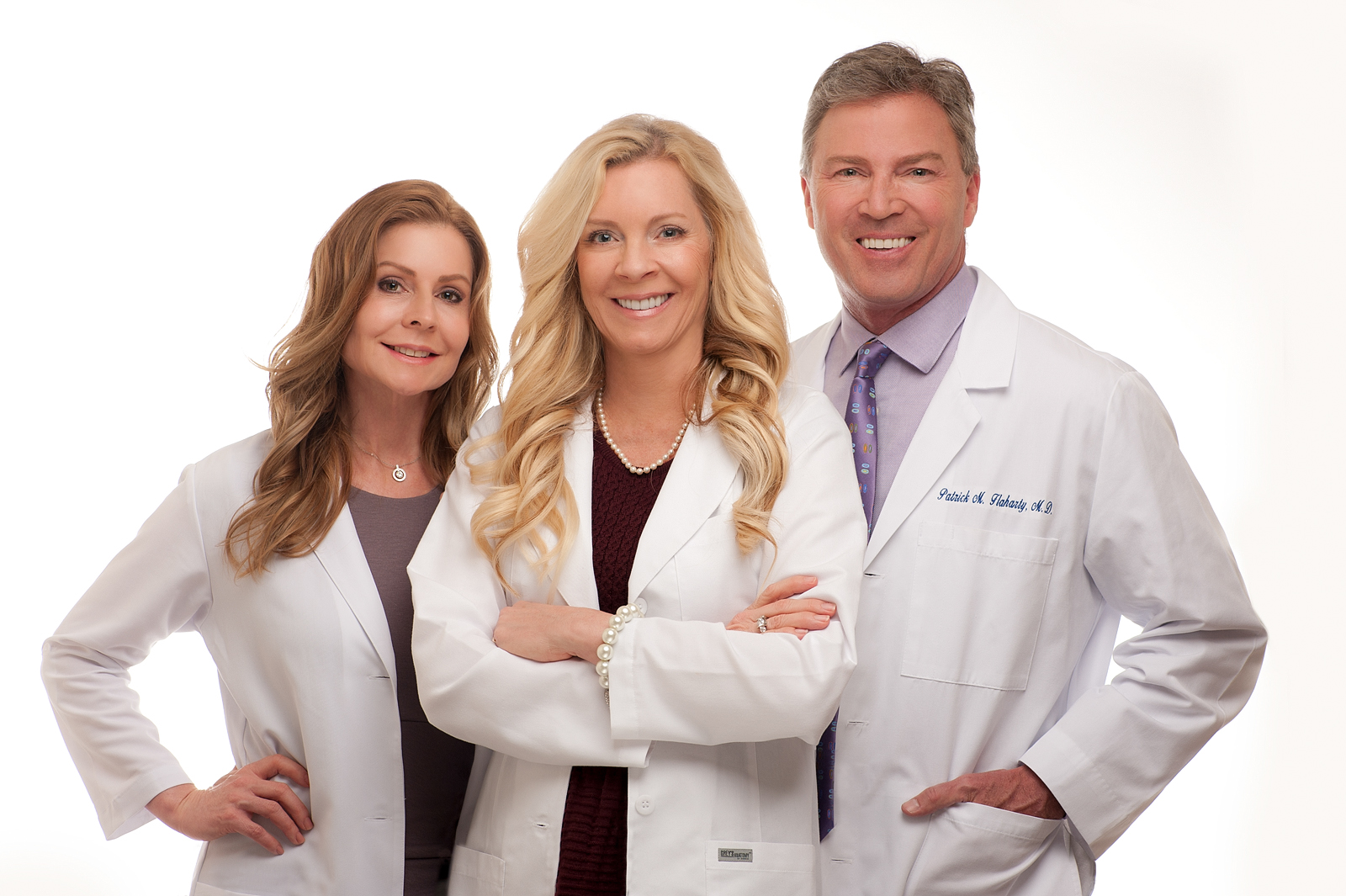 14-doctor-surgeon-beauty-welcoming-attractive-team-polished-fort-myers-headshots.jpg