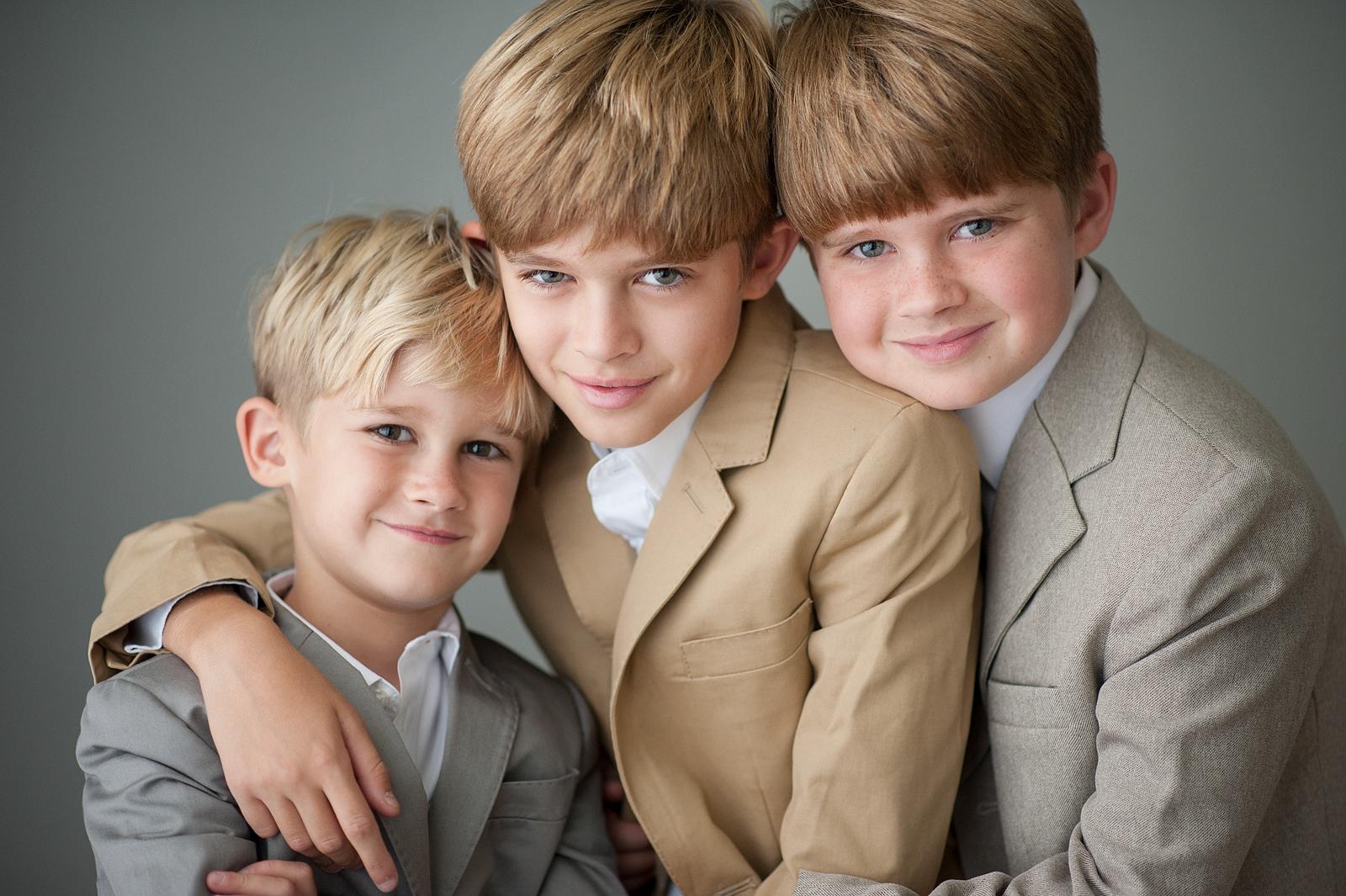 6-stylish-brothers-little-boys-megan-dipiero-photography.jpg