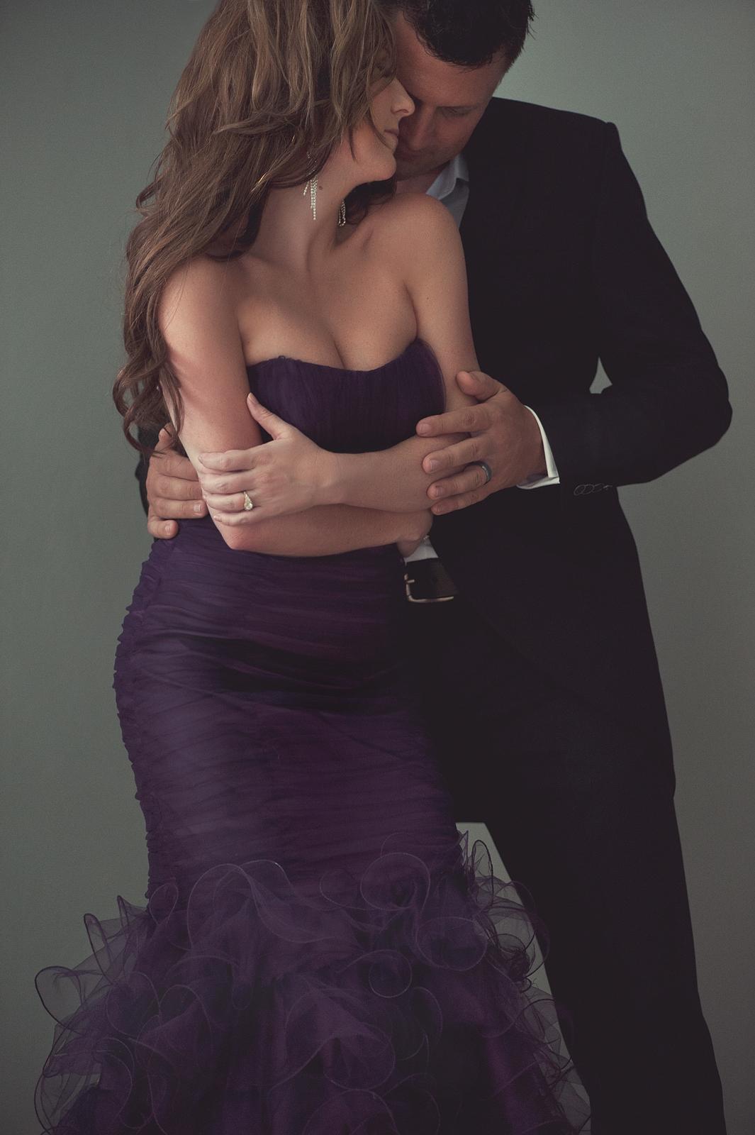 07-dramatic-fine-art-couple-dancing-mood.jpg